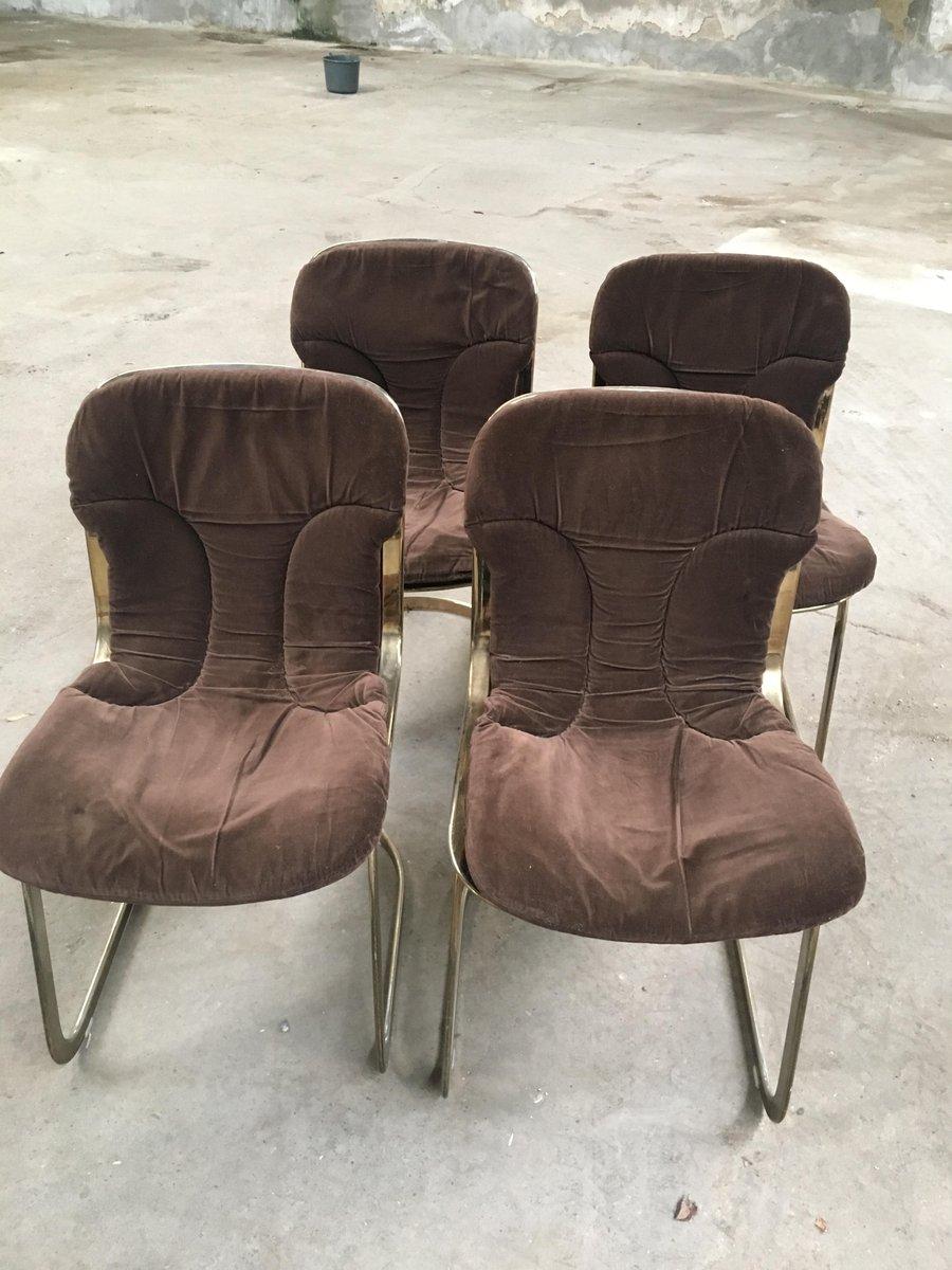 vergoldete italienische st hle aus metall mit braunen samtkissen 1970er 4er set bei pamono kaufen. Black Bedroom Furniture Sets. Home Design Ideas