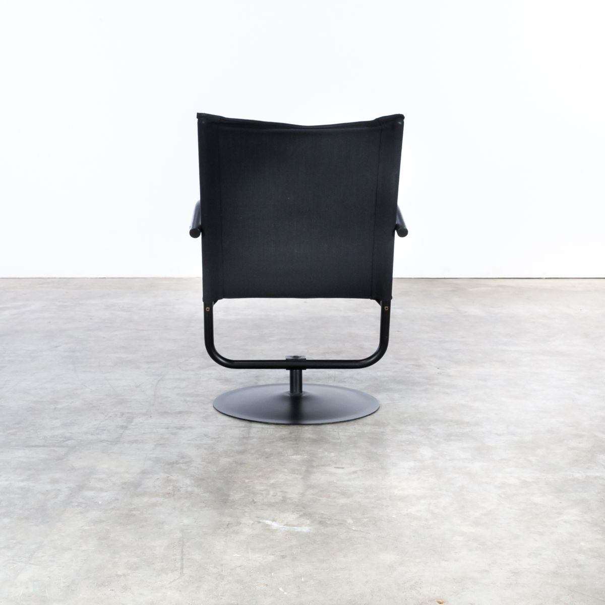 Black canvas swivel chair 1980s for sale at pamono for 1980s chair design