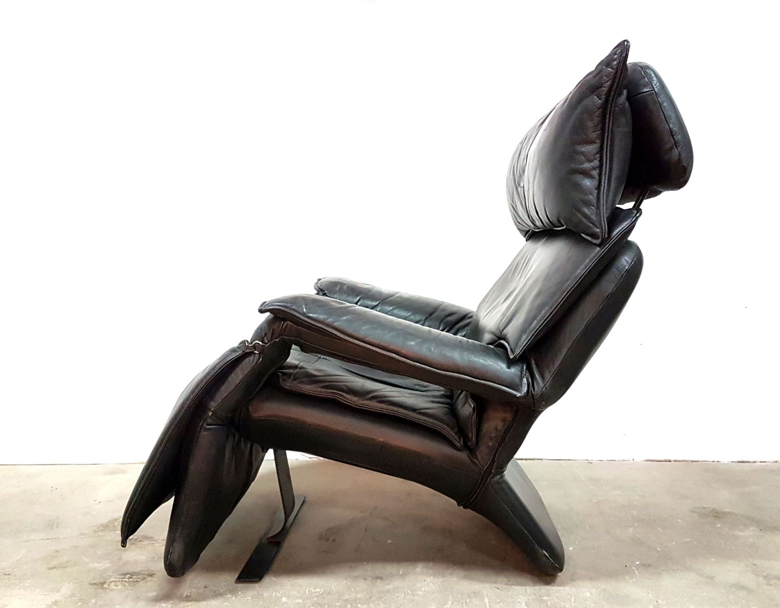 Model Pony Leather Reclining Lounge Chair By Percival