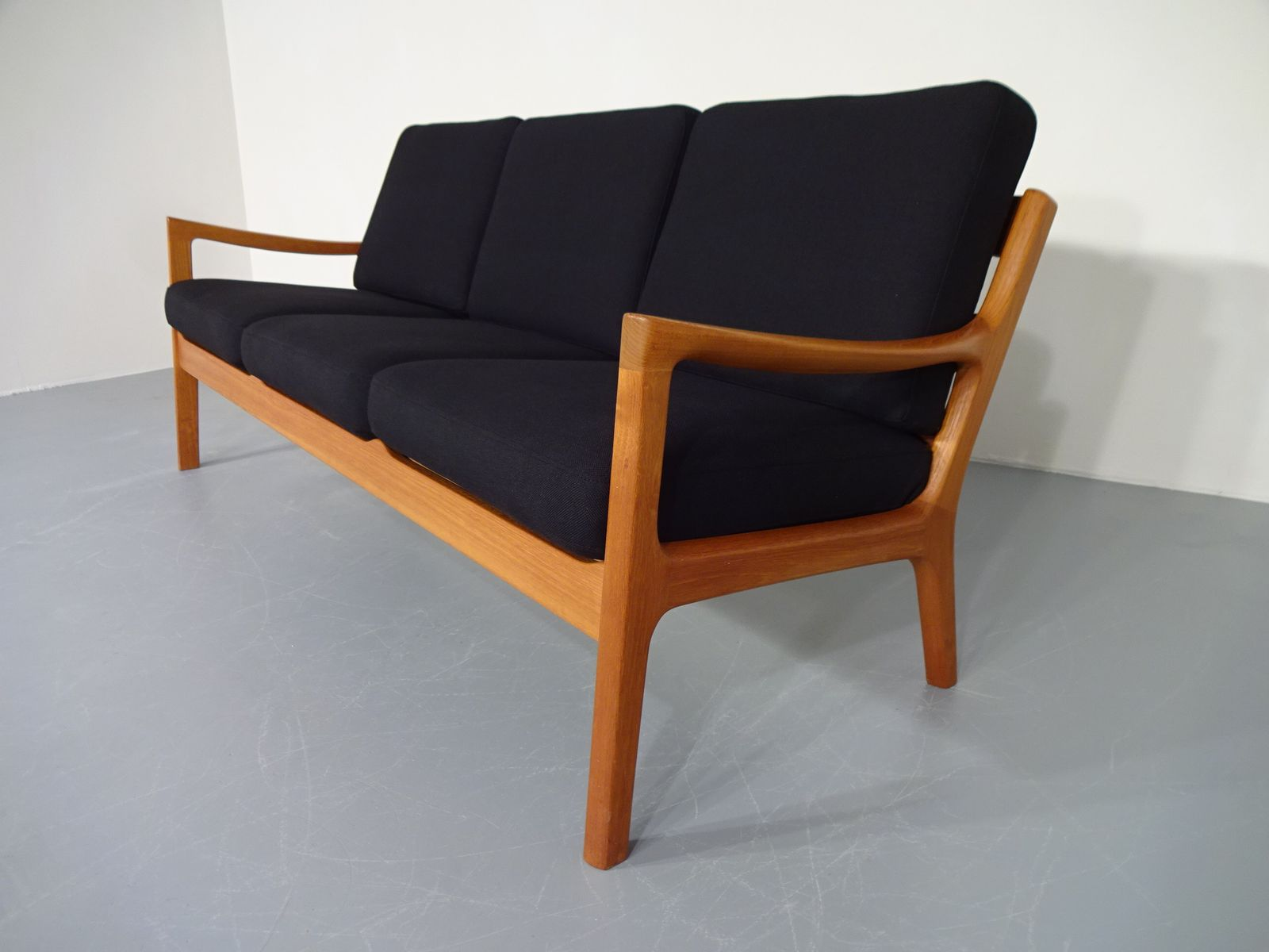 teakholz sofa von ole wanscher f r cado 1960er bei pamono kaufen. Black Bedroom Furniture Sets. Home Design Ideas