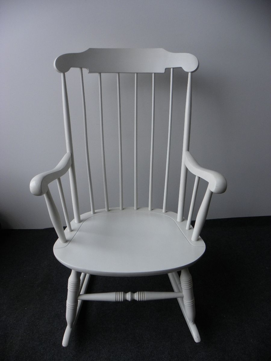 - Vintage White Rocking Chair For Sale At Pamono