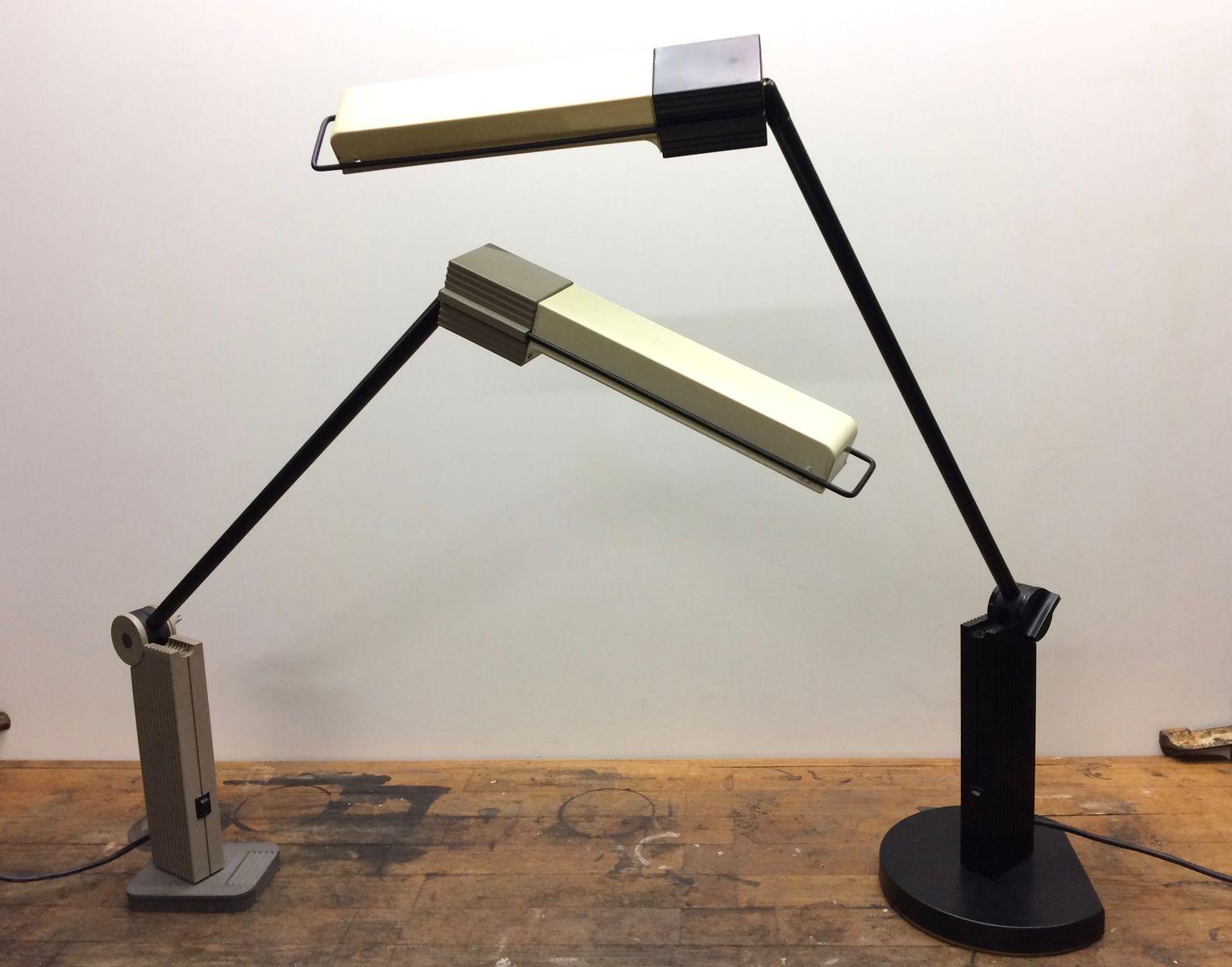 schreibtischlampe von ernesto gismondi f r artemide 1983 bei pamono kaufen. Black Bedroom Furniture Sets. Home Design Ideas