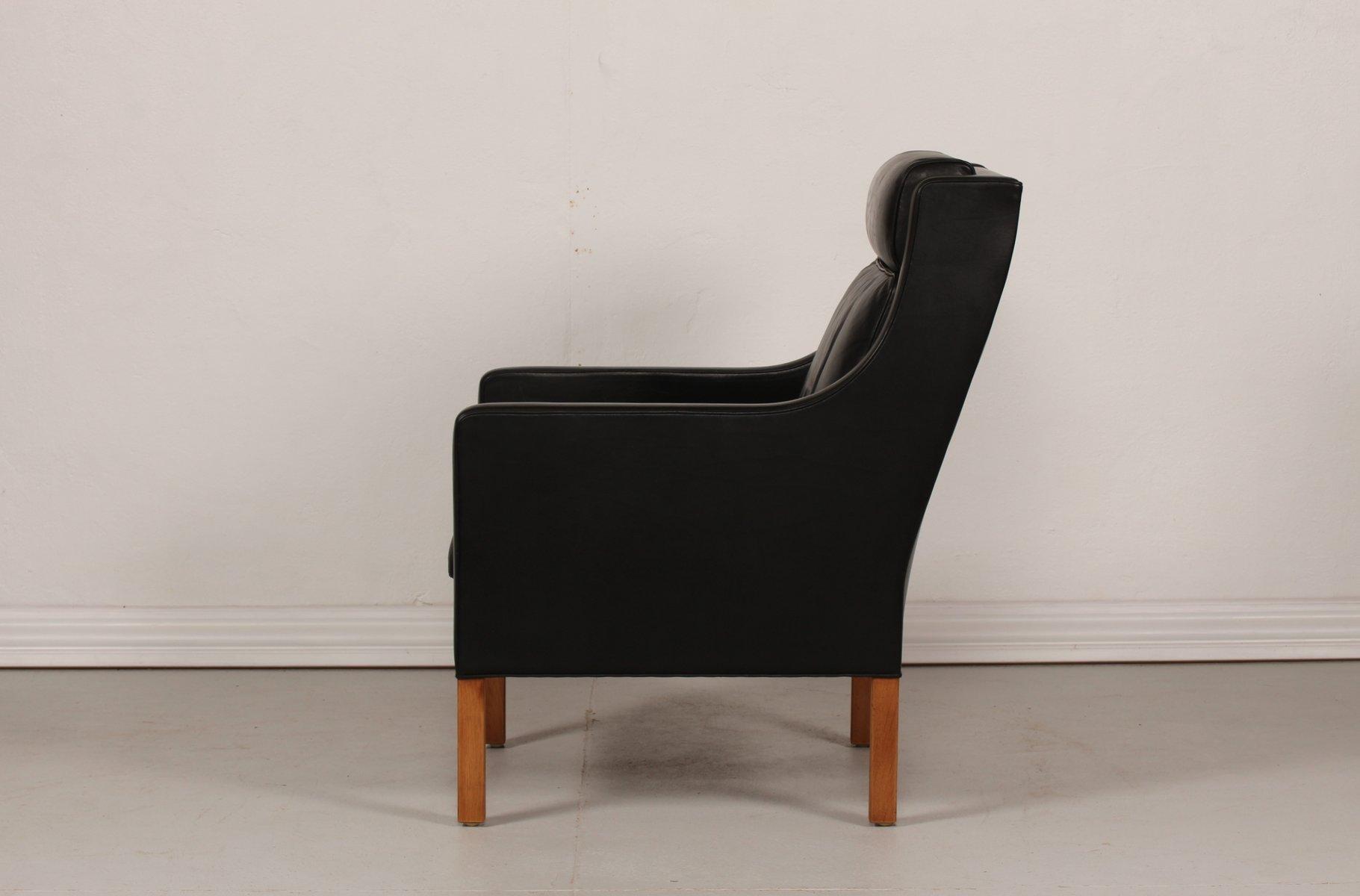 d nischer schwarzer leder eichenholz 2431 modell wing stuhl von b rge mogensen f r fredericia. Black Bedroom Furniture Sets. Home Design Ideas