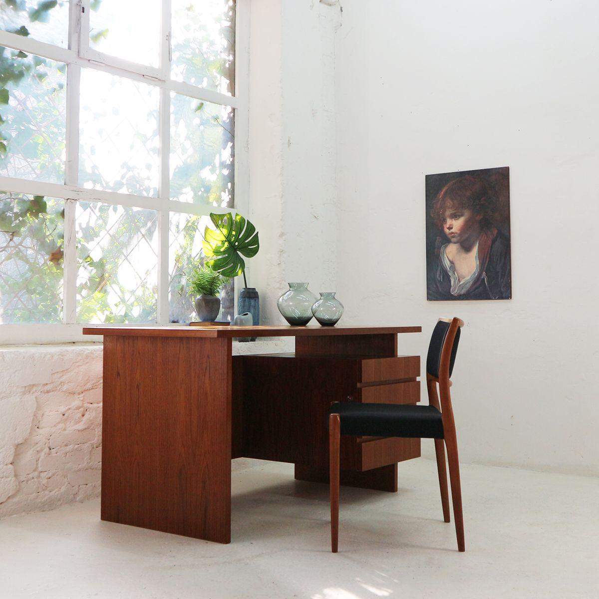 teak schreibtisch von idee m bel 1960er bei pamono kaufen. Black Bedroom Furniture Sets. Home Design Ideas