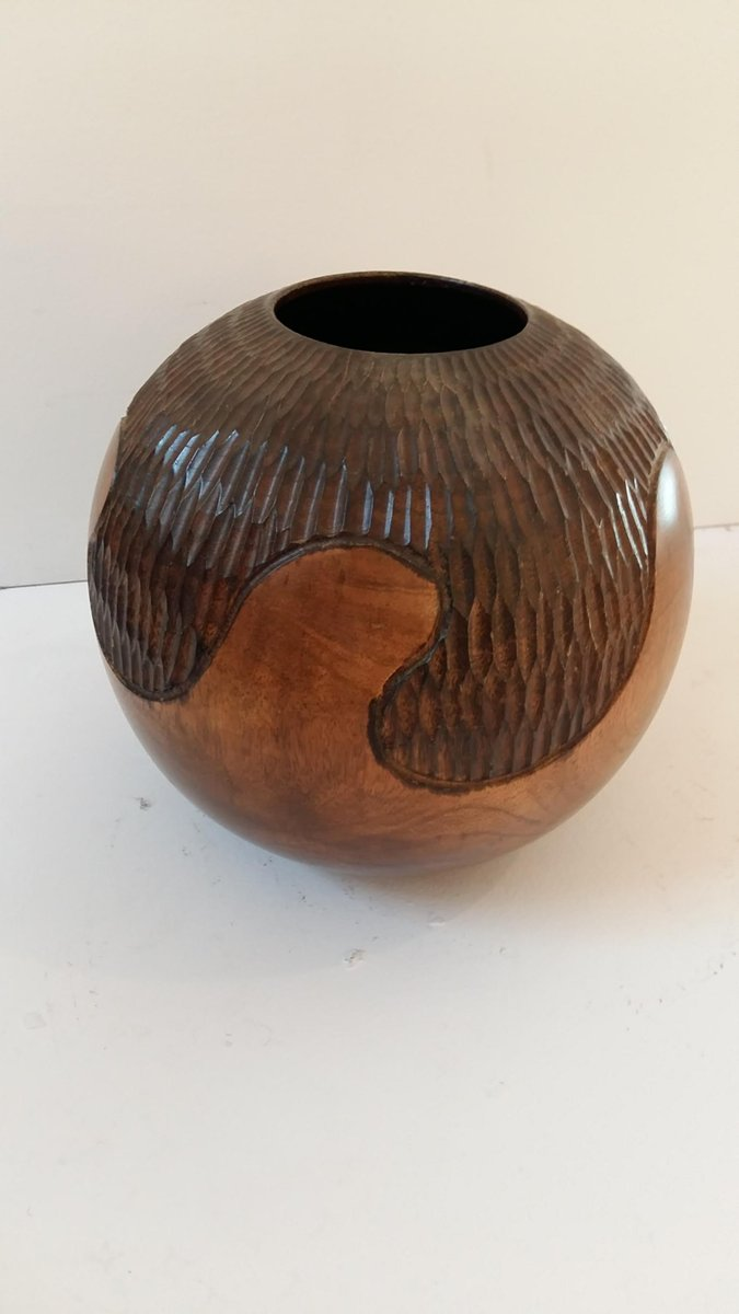 vintage vase aus geschnitztem holz bei pamono kaufen. Black Bedroom Furniture Sets. Home Design Ideas