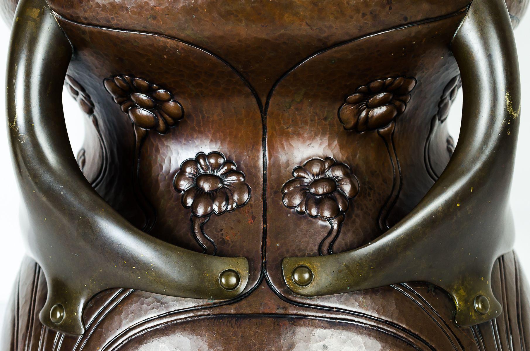 gro er kupfer und messing blumentopf 1906 bei pamono kaufen. Black Bedroom Furniture Sets. Home Design Ideas