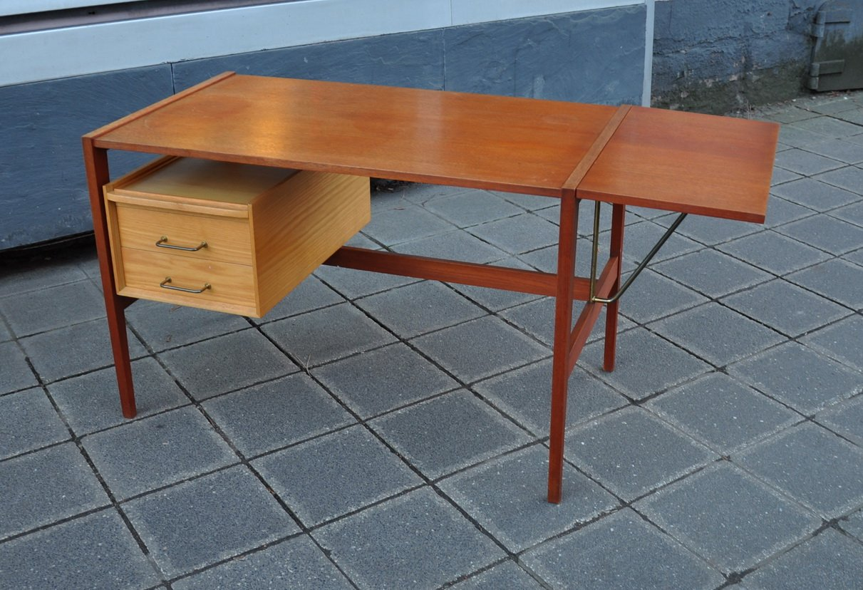 schreibtisch von wk m bel 1960er bei pamono kaufen. Black Bedroom Furniture Sets. Home Design Ideas