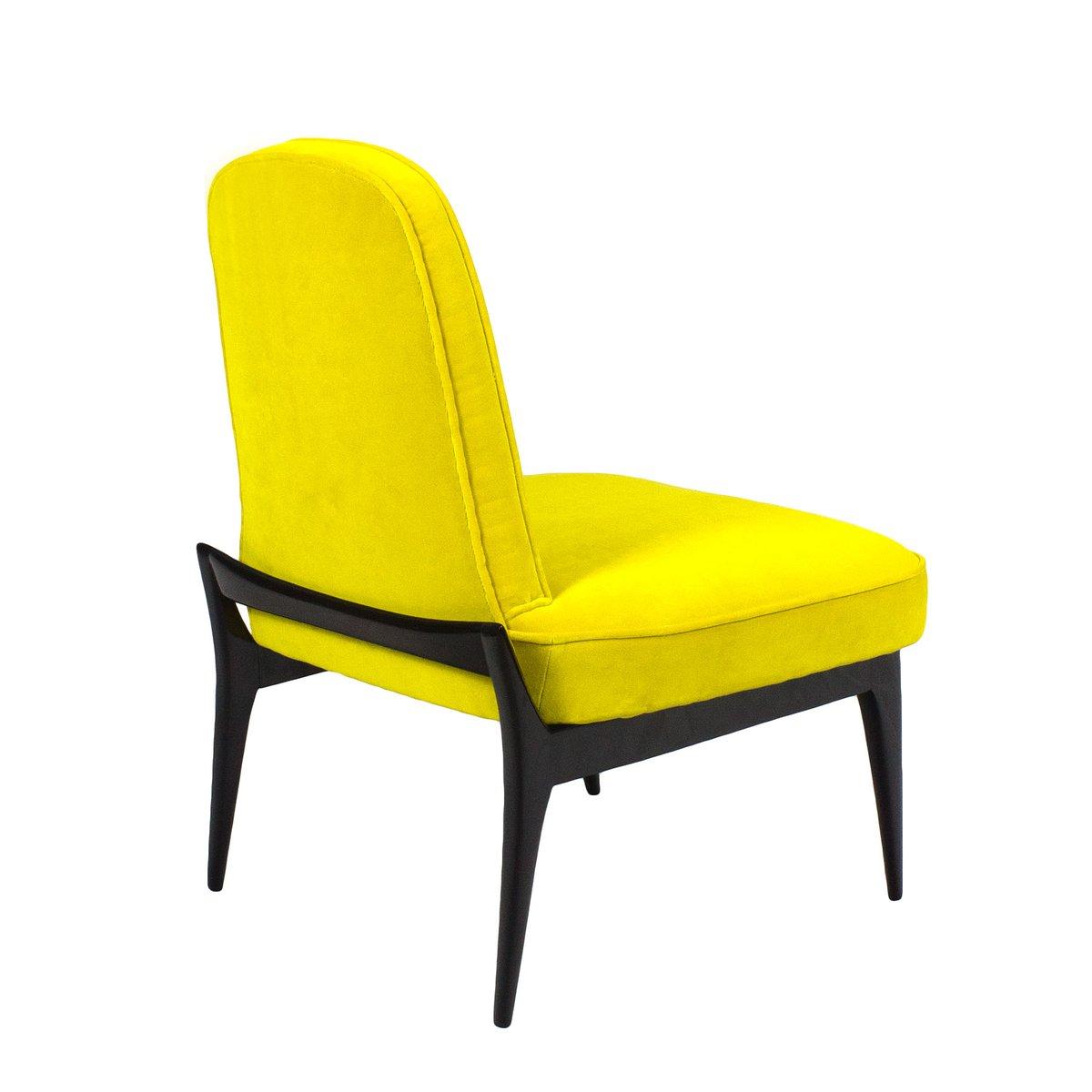 niedrige gelbe italienische sessel 1950er 2er set bei pamono kaufen. Black Bedroom Furniture Sets. Home Design Ideas