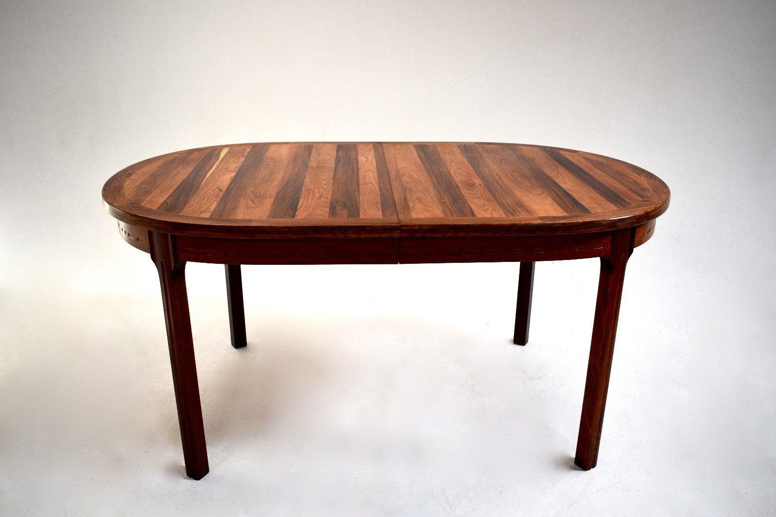 ovaler palisander esstisch von nils jonsson f r hugo troeds 1960er bei pamono kaufen. Black Bedroom Furniture Sets. Home Design Ideas