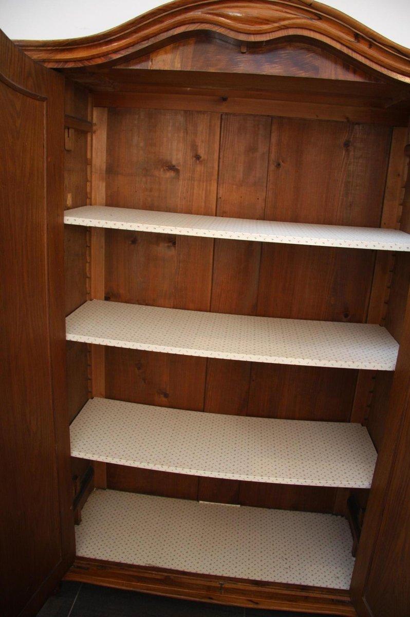 furnierter sp tbiedermeier schrank mit 2 t ren bei pamono kaufen. Black Bedroom Furniture Sets. Home Design Ideas