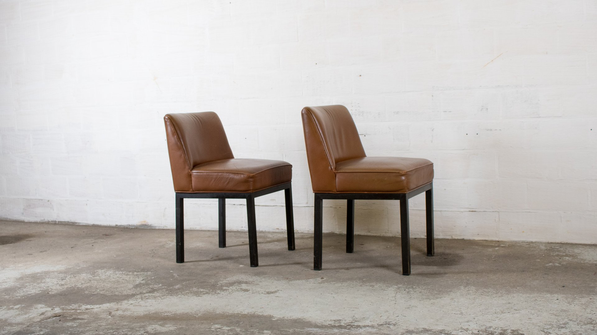 louise chairs by jules wabbes for mobilier universel 1960s set of 2 for sale at pamono. Black Bedroom Furniture Sets. Home Design Ideas