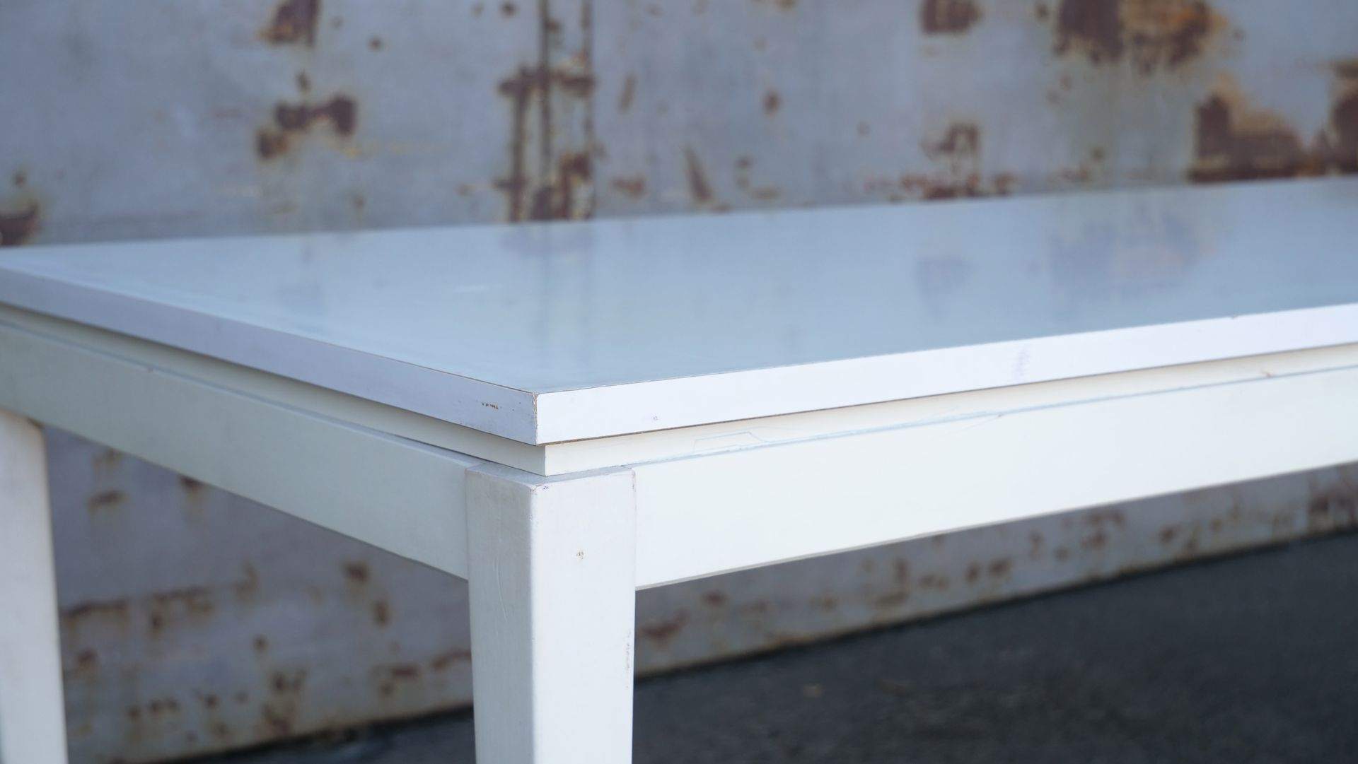 Mid Century Minimalist White Lacquered Coffee Table 1950s For At Pamono