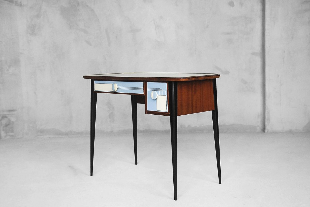 kleiner mid century schreibtisch 1950er bei pamono kaufen. Black Bedroom Furniture Sets. Home Design Ideas