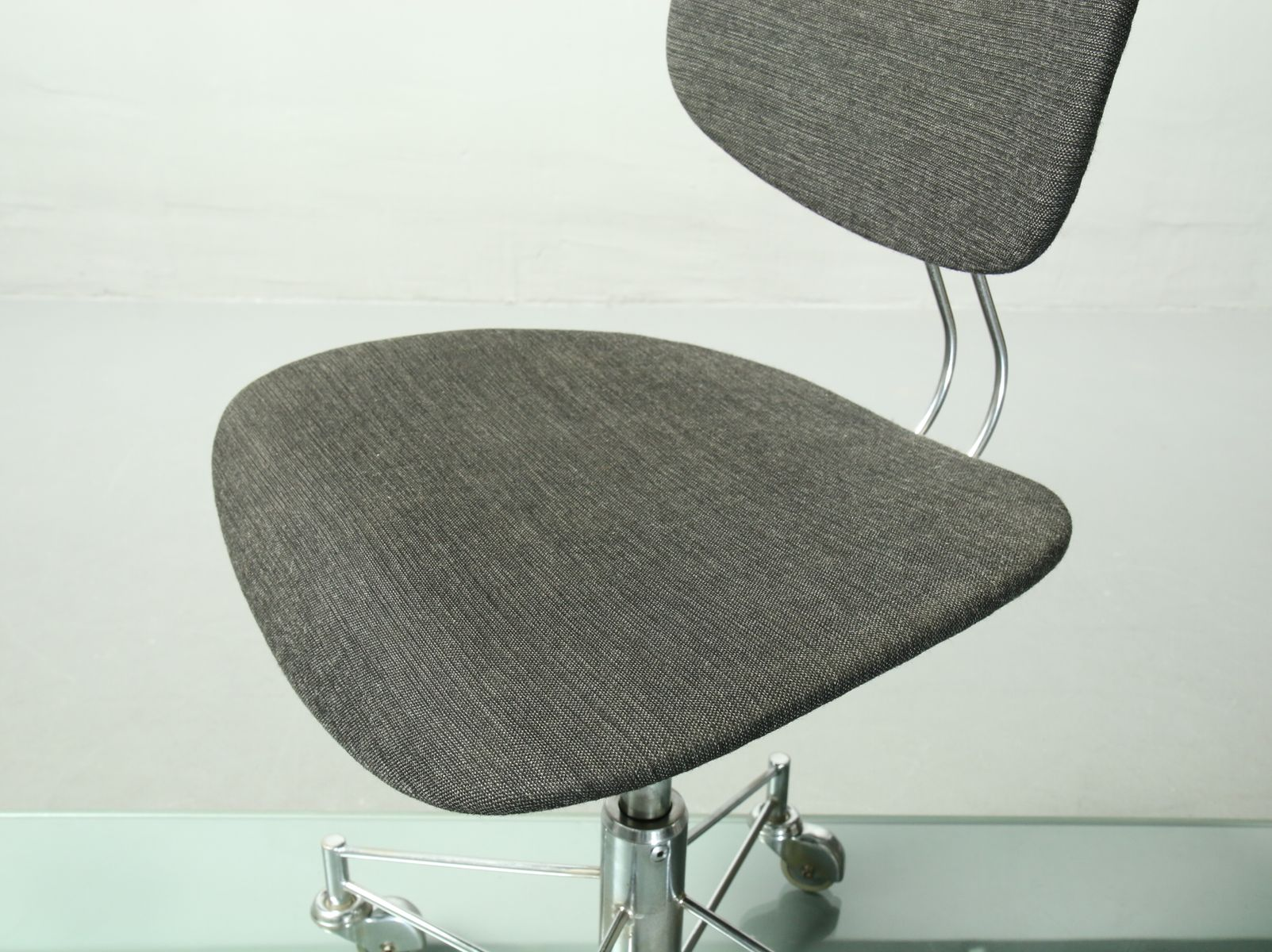 se 140 r office chair by egon eiermann for wilde spieth 1950s bei pamono kaufen. Black Bedroom Furniture Sets. Home Design Ideas