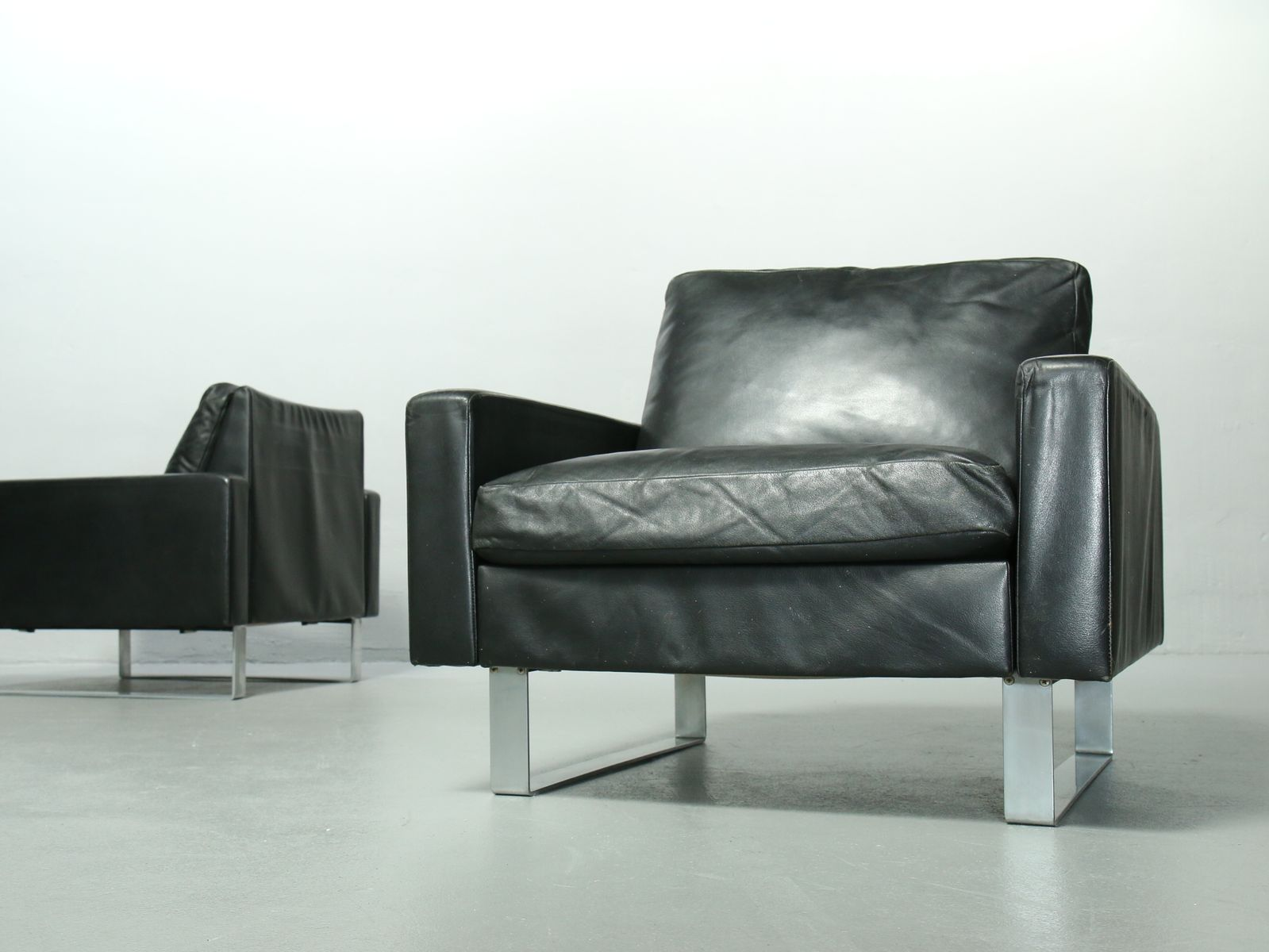 black leather conseta lounge chair by friedrich w m ller for cor 1960s bei pamono kaufen. Black Bedroom Furniture Sets. Home Design Ideas