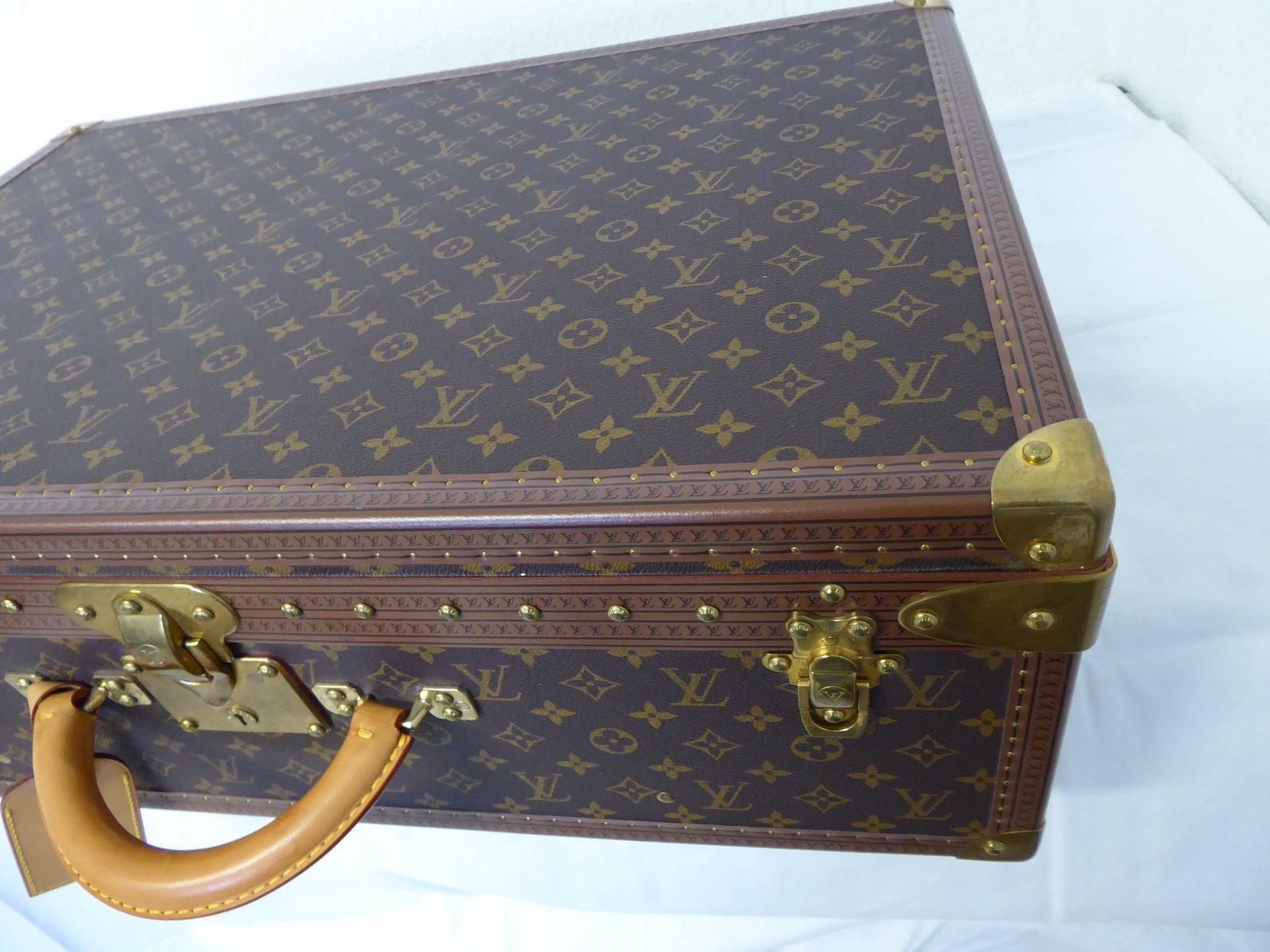 monogrammierter vintage alzer 65 koffer von louis vuitton bei pamono kaufen. Black Bedroom Furniture Sets. Home Design Ideas