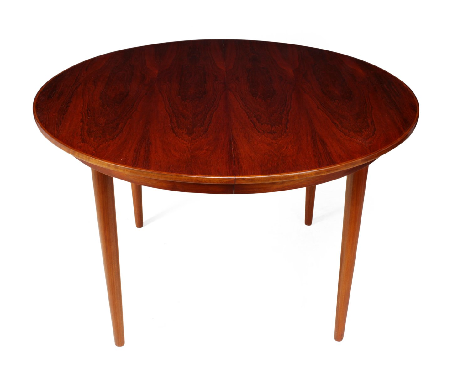 https://cdn10.pamono.com/p/z/2/5/255770_683svnorzc/danish-rosewood-dining-table-1960s-1.jpg
