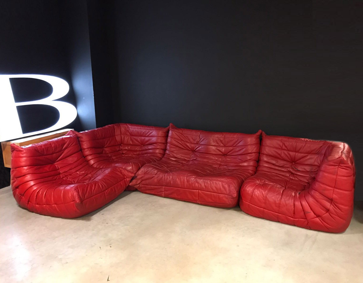 red leather togo modular sofa by michel ducaroy for ligne roset 1970s for sale at pamono. Black Bedroom Furniture Sets. Home Design Ideas