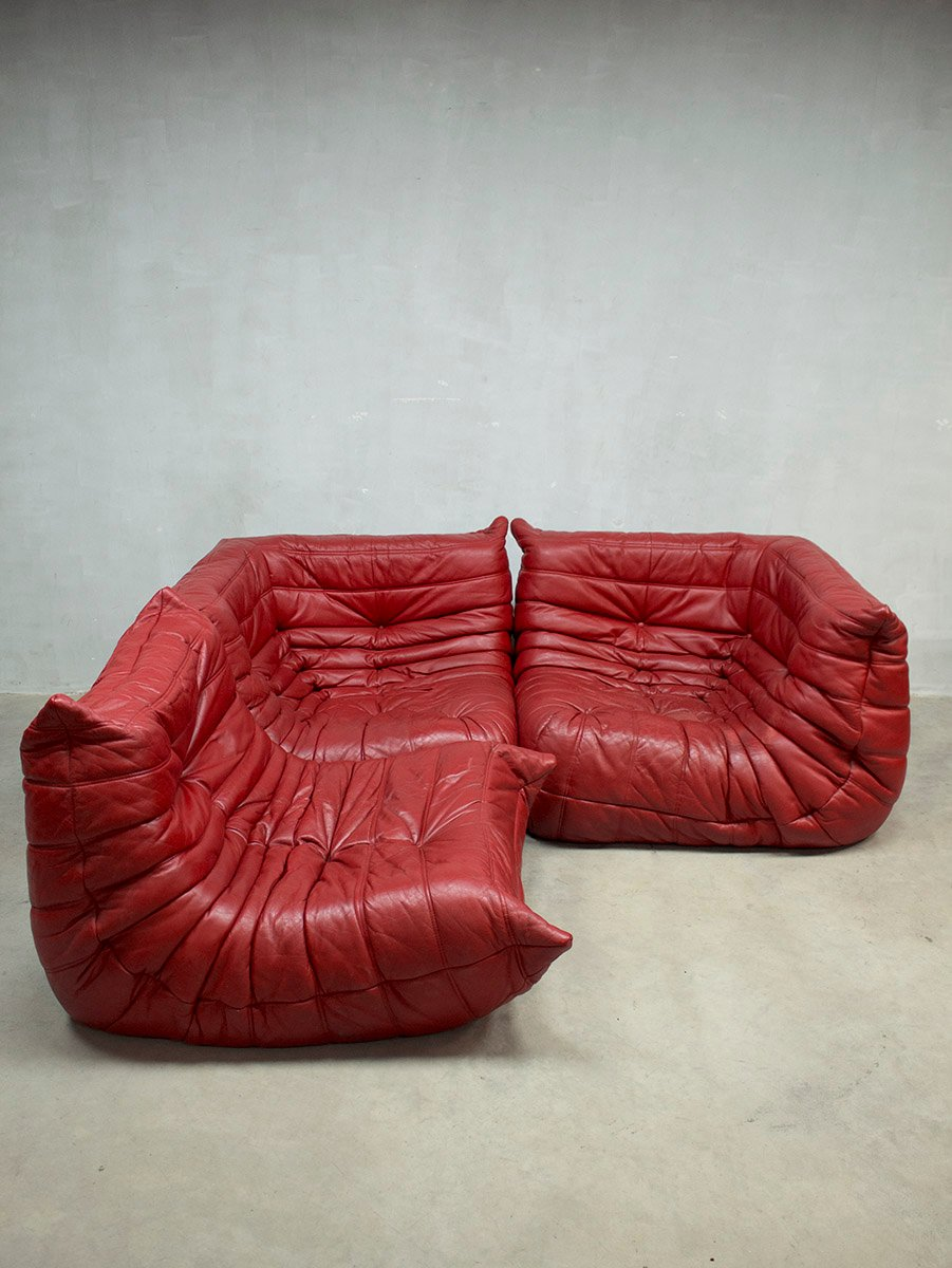 Red leather togo modular sofa by michel ducaroy for ligne for Red leather modular sectional sofa