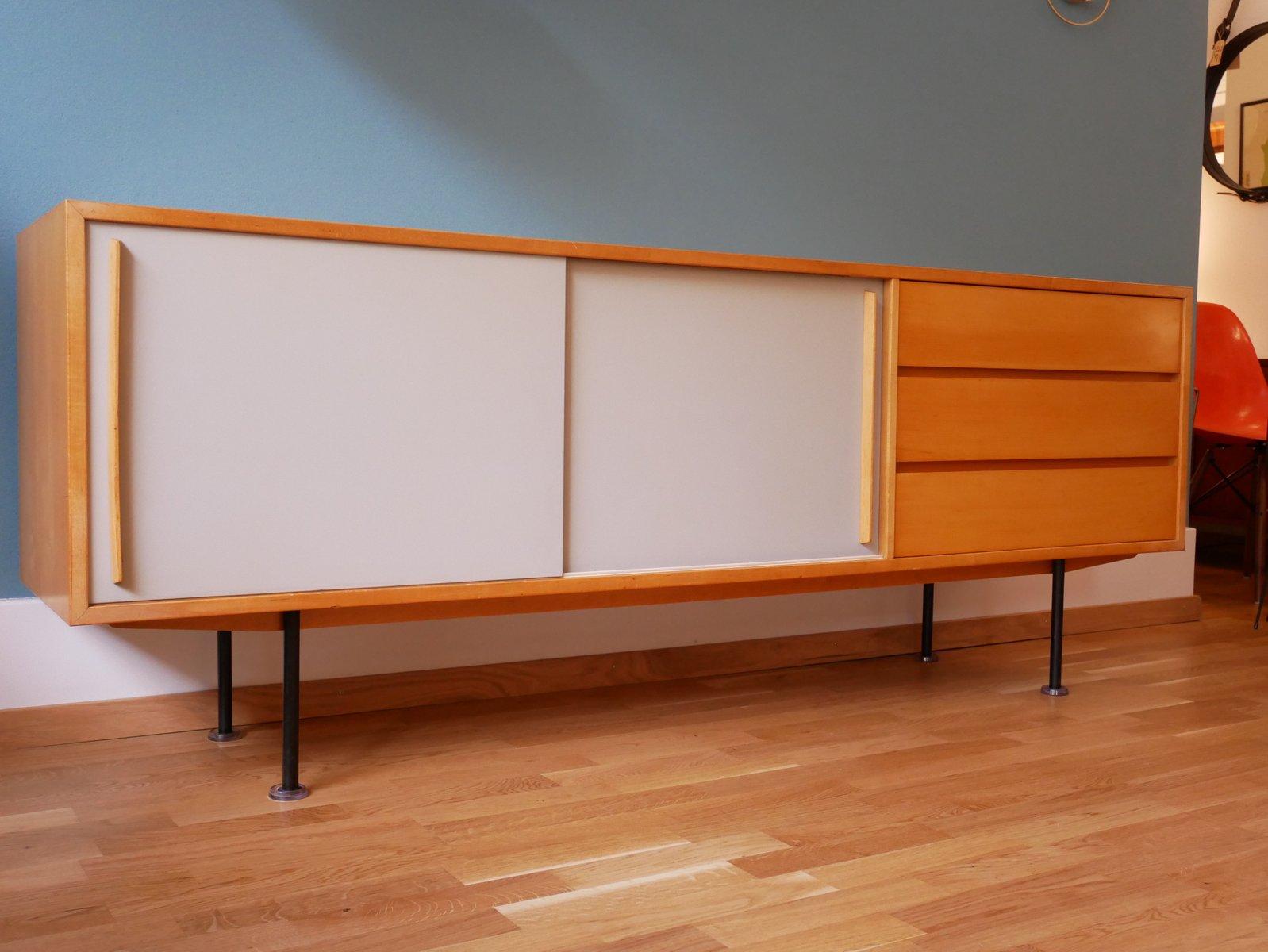 schweizer vintage ahorn sideboard von kurt thut f r thut m bel bei pamono kaufen. Black Bedroom Furniture Sets. Home Design Ideas