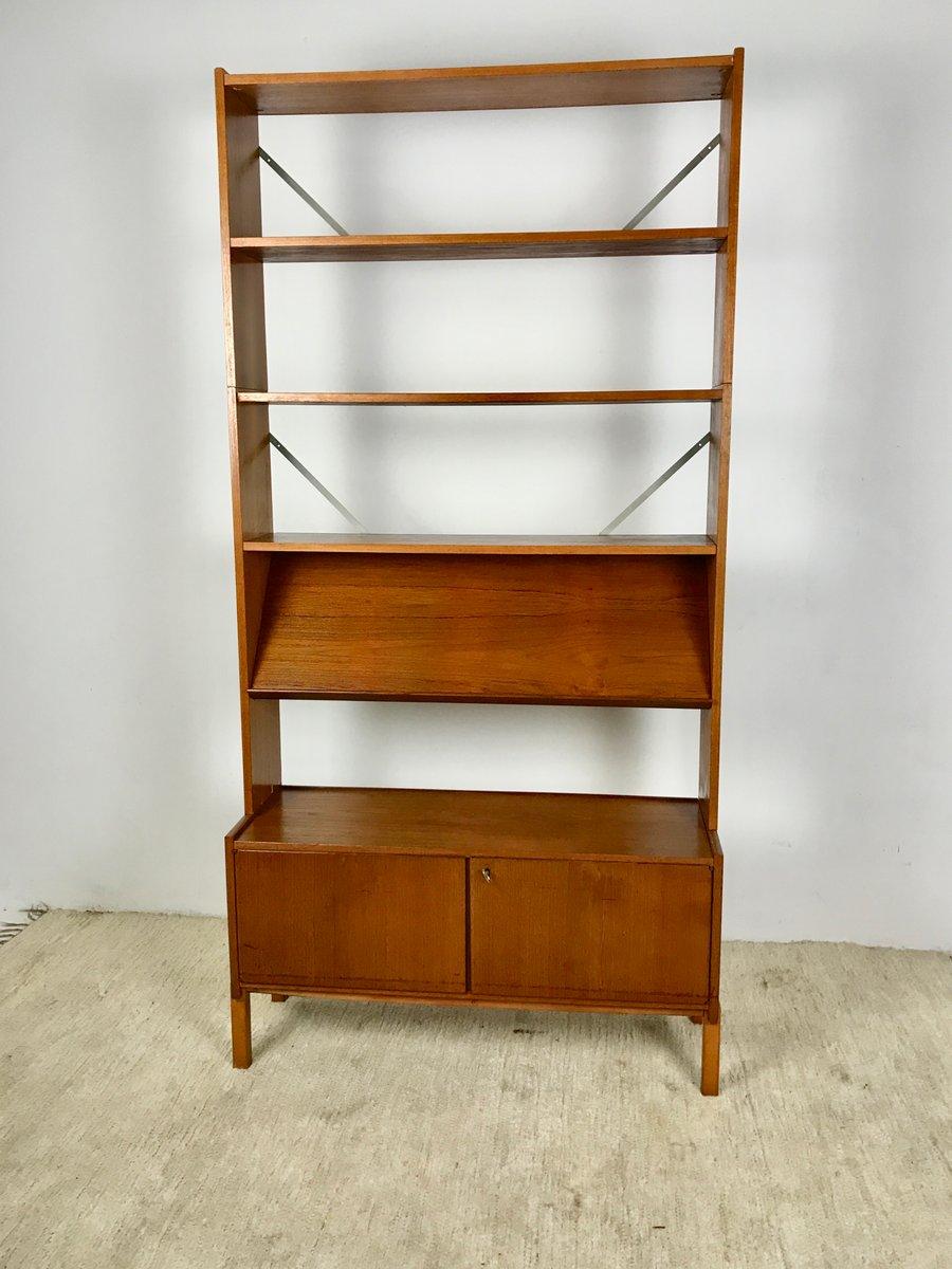 d nisches vintage teak b cherregal 1970er bei pamono kaufen. Black Bedroom Furniture Sets. Home Design Ideas