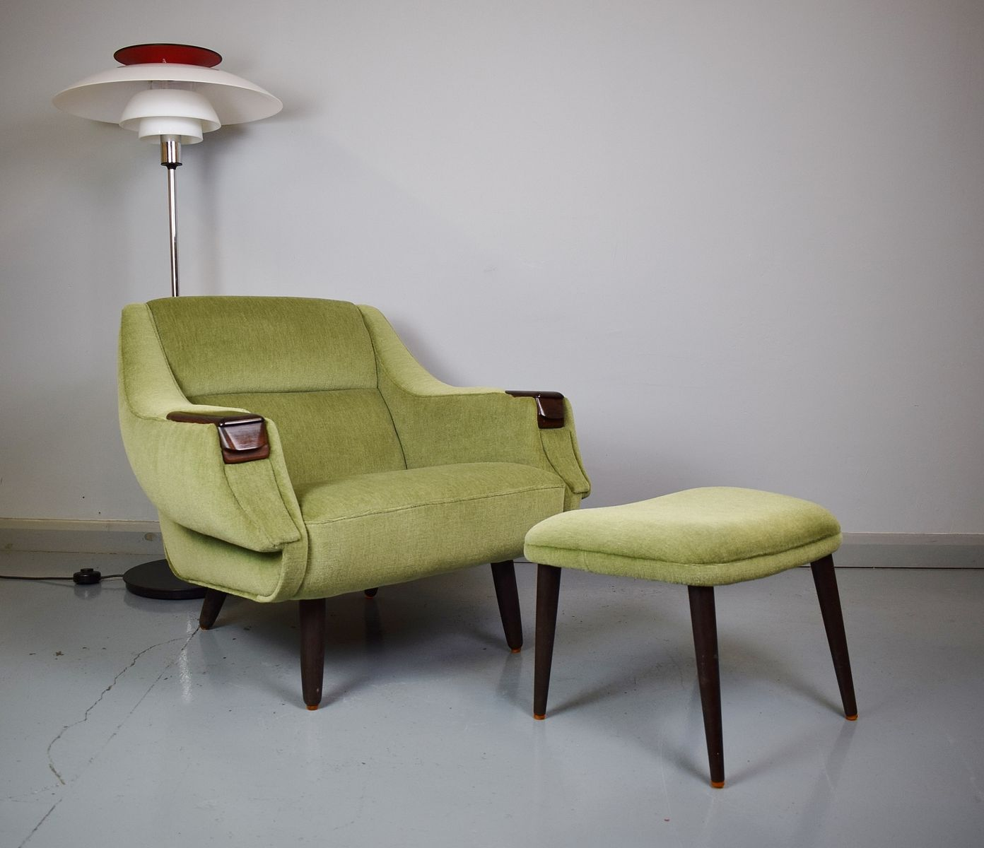 Juego de sillón y otomana de H.W. Klein para Bramin, años 60 en ...