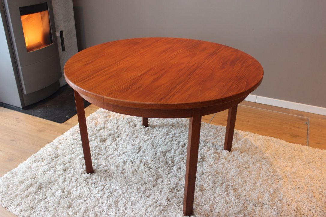 Table scandinave avec rallonge perfect table en teck for Table rallonge scandinave