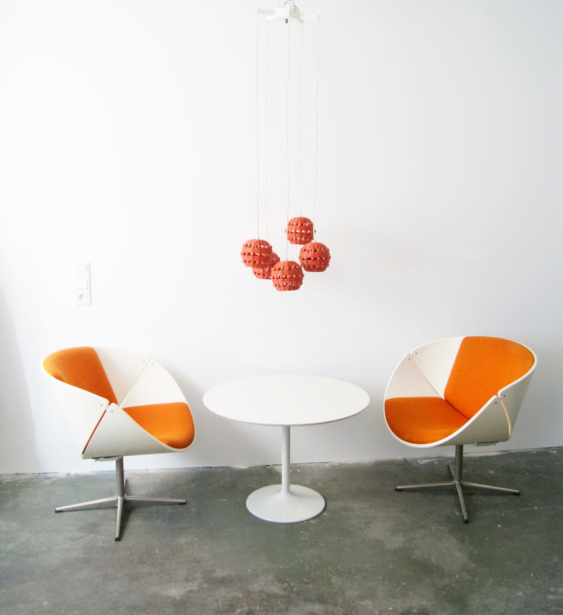 tulip oval at laminate dining uk product white table nest co lifestyle base saarinen buy knoll the
