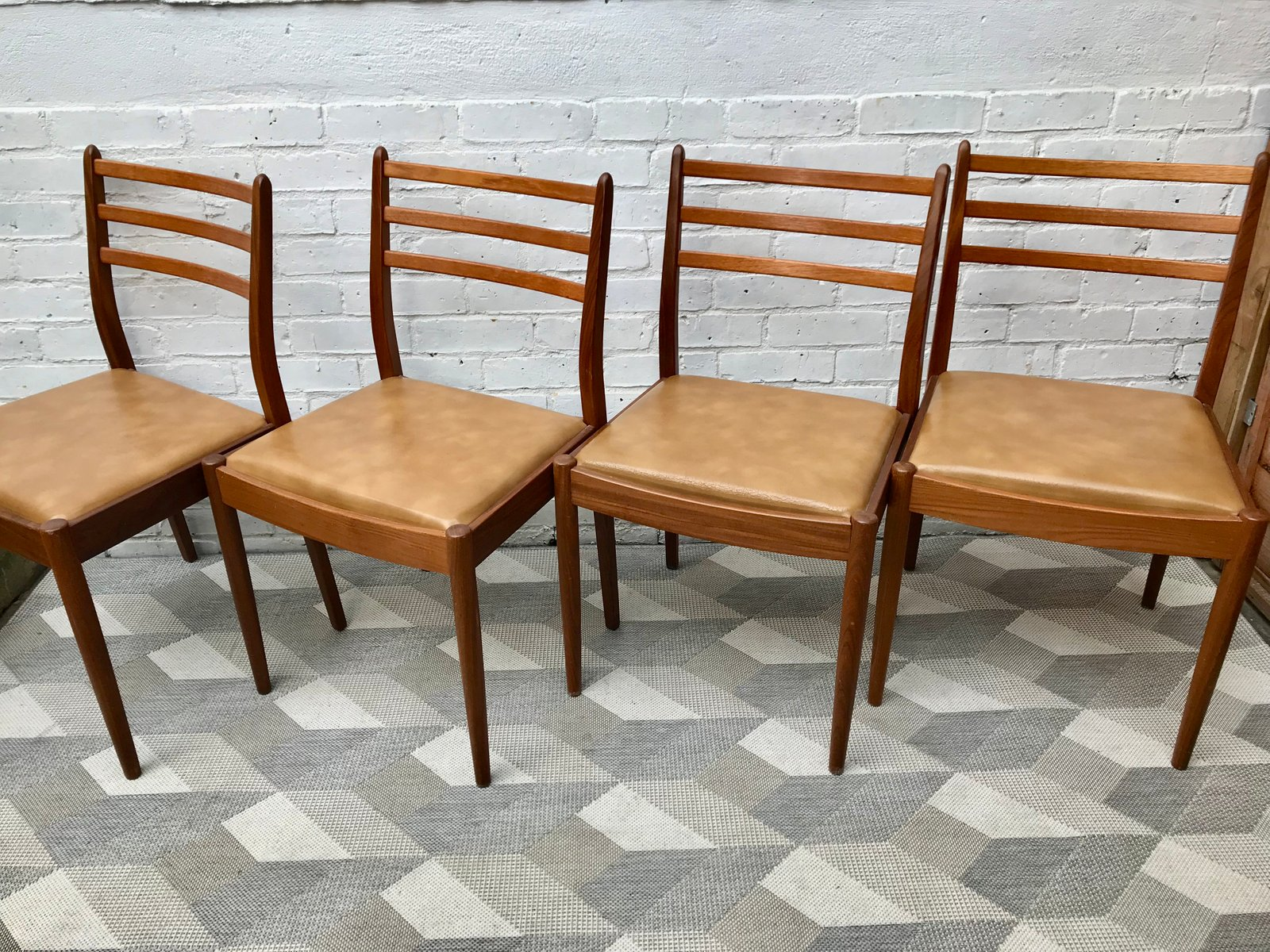 Vintage Vinyl Teak Dining Chairs From G Plan Set Of 4 For Sale At Pamono