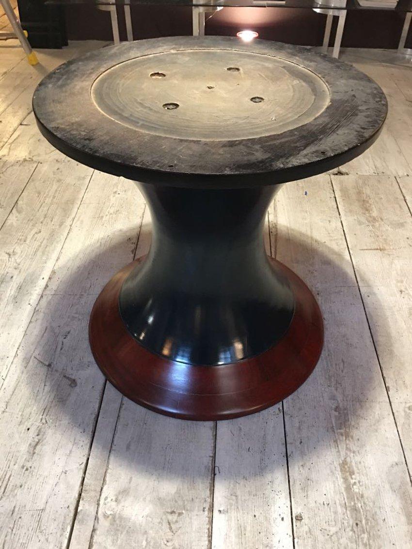 runder esstisch mit intarsie aus holz 1950er bei pamono kaufen. Black Bedroom Furniture Sets. Home Design Ideas