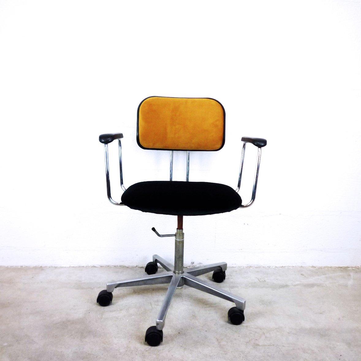 chaise de bureau vintage en velours de ab kontor m bler su de en vente sur pamono. Black Bedroom Furniture Sets. Home Design Ideas