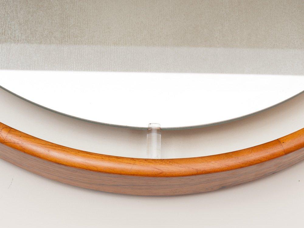 gro er runder d nischer wandspiegel mit beleuchtung aus. Black Bedroom Furniture Sets. Home Design Ideas