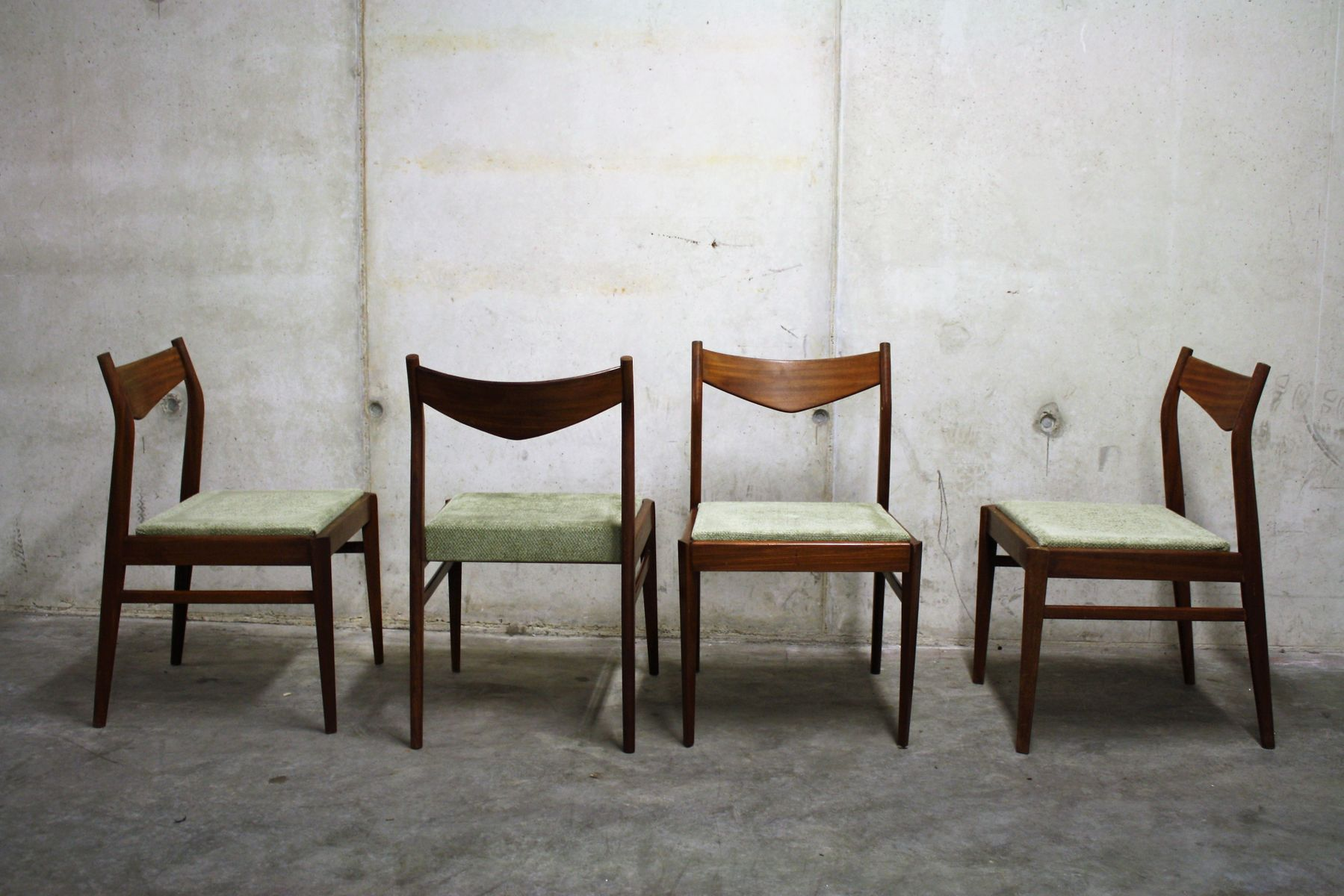 Chaises de Salon Scandinaves Vintage, 1960s, Set de 4 en vente sur ...