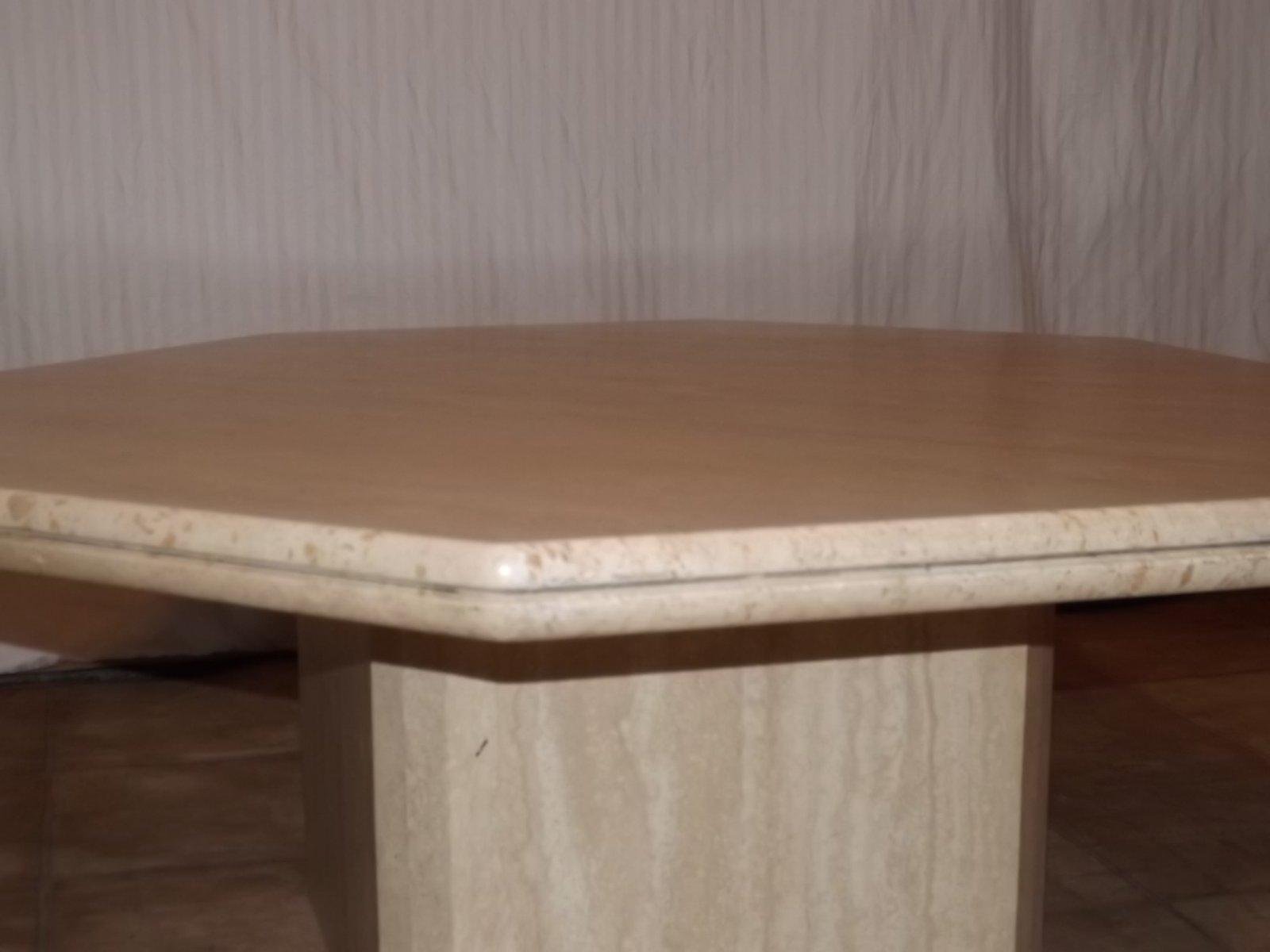 table basse vintage en travertin 1970s en vente sur pamono. Black Bedroom Furniture Sets. Home Design Ideas