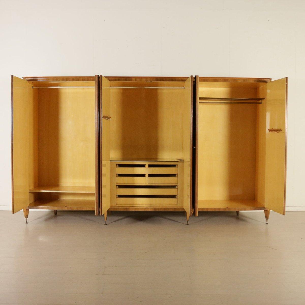 vintage walnuss furnier kleiderschrank mit spiegel und sechs t ren bei pamono kaufen. Black Bedroom Furniture Sets. Home Design Ideas