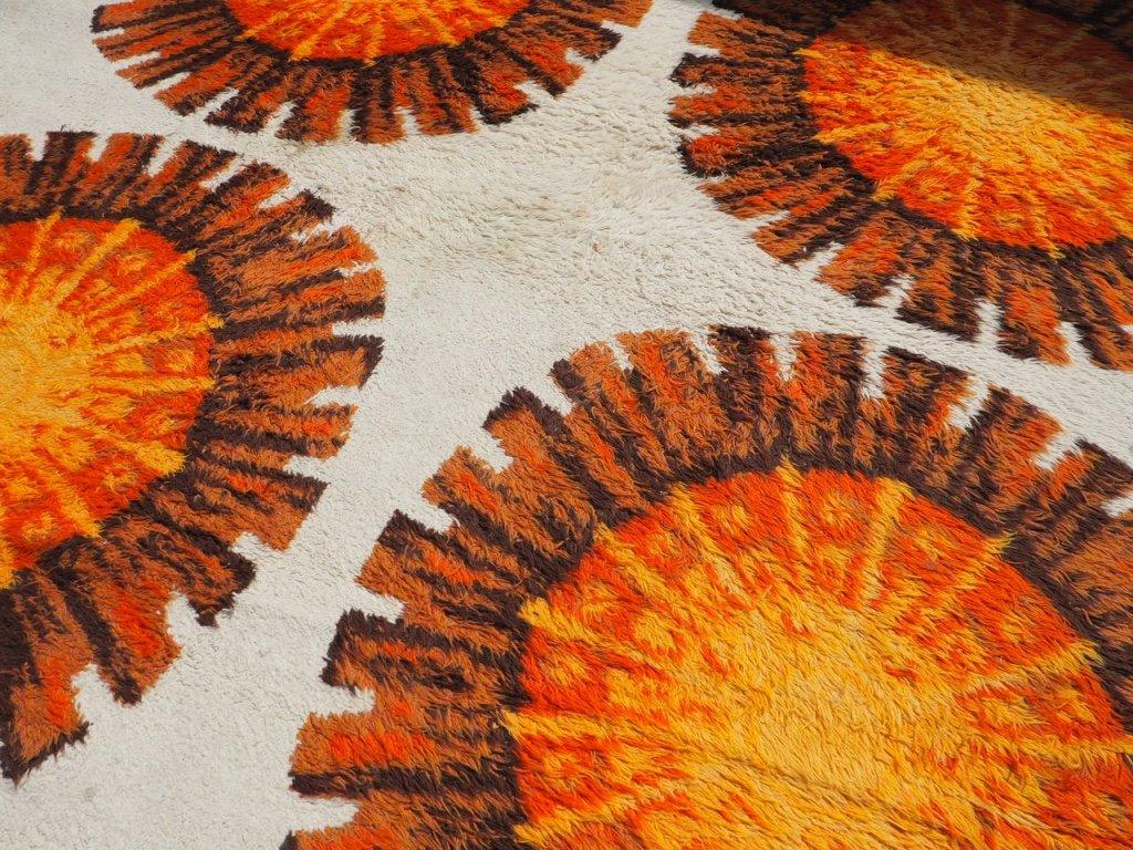 gro er floraler teppich in orange creme 1960er bei pamono kaufen. Black Bedroom Furniture Sets. Home Design Ideas
