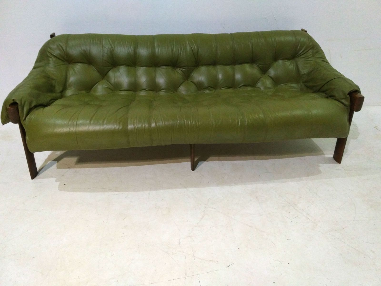 Model MP 041 Green Leather Sofa From Percival Lafer, 1960s
