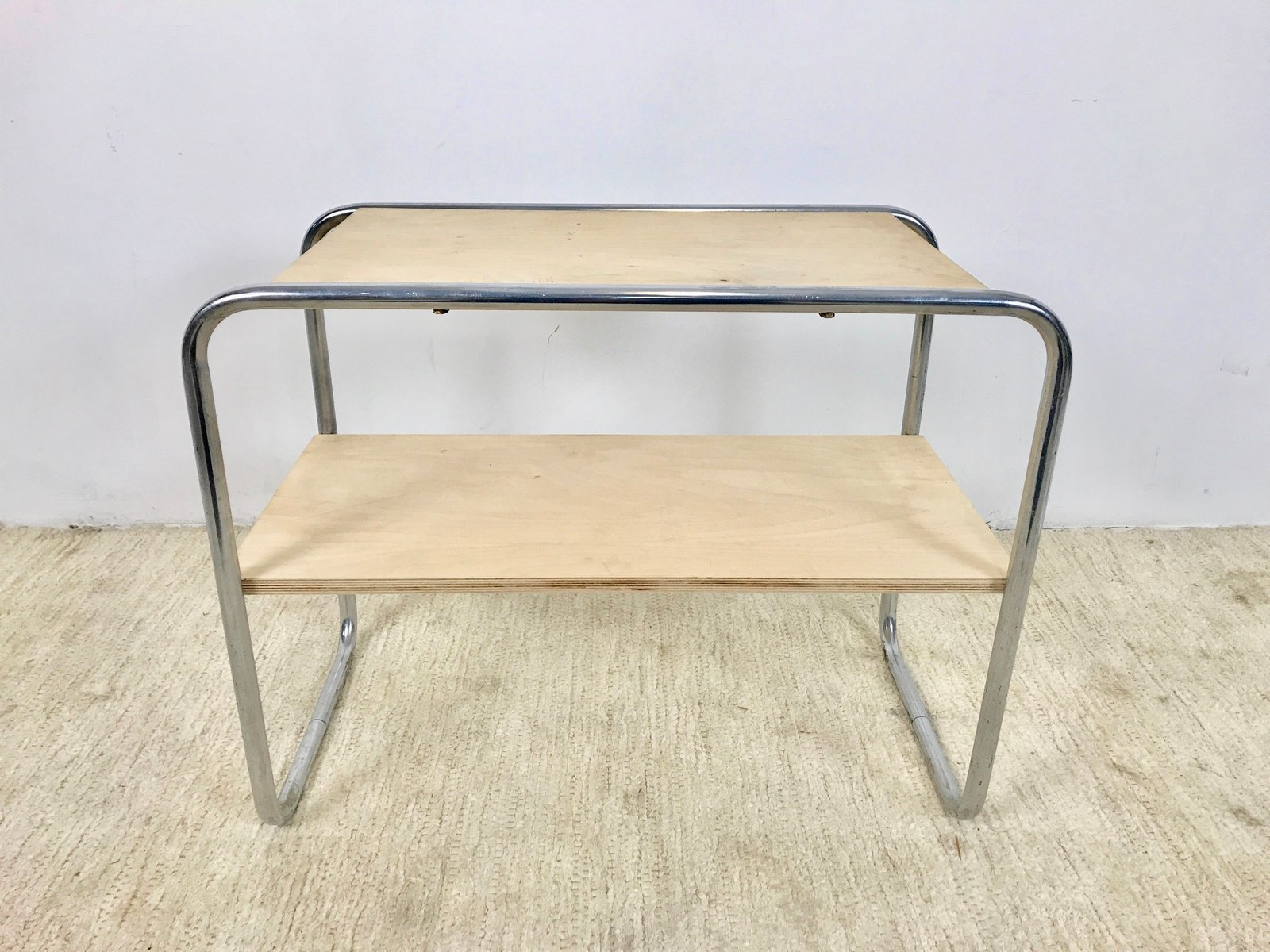 bauhaus stil tisch 1980er bei pamono kaufen. Black Bedroom Furniture Sets. Home Design Ideas