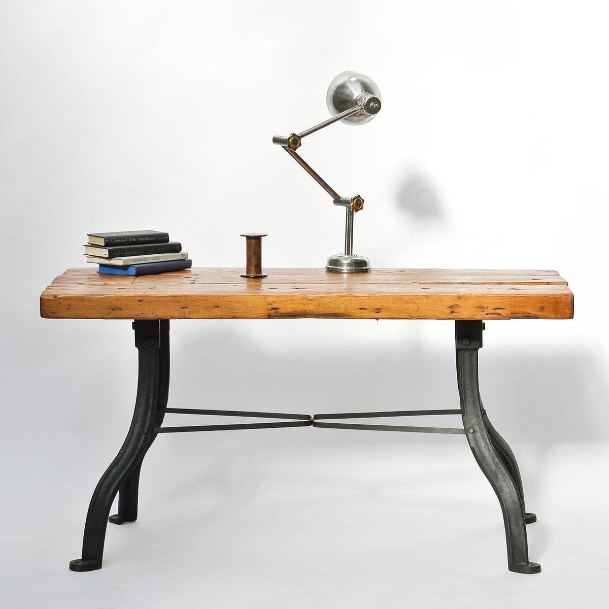 Tavolo da lavoro vintage in legno e ferro battuto in vendita su pamono - Tavolo da lavoro in legno ...