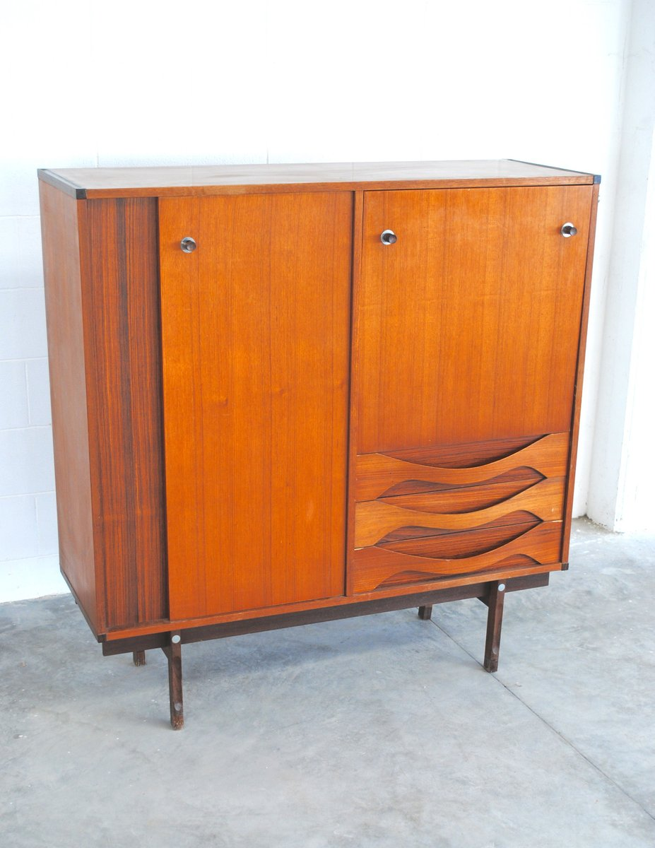 vintage danish walnut highboard for sale at pamono. Black Bedroom Furniture Sets. Home Design Ideas