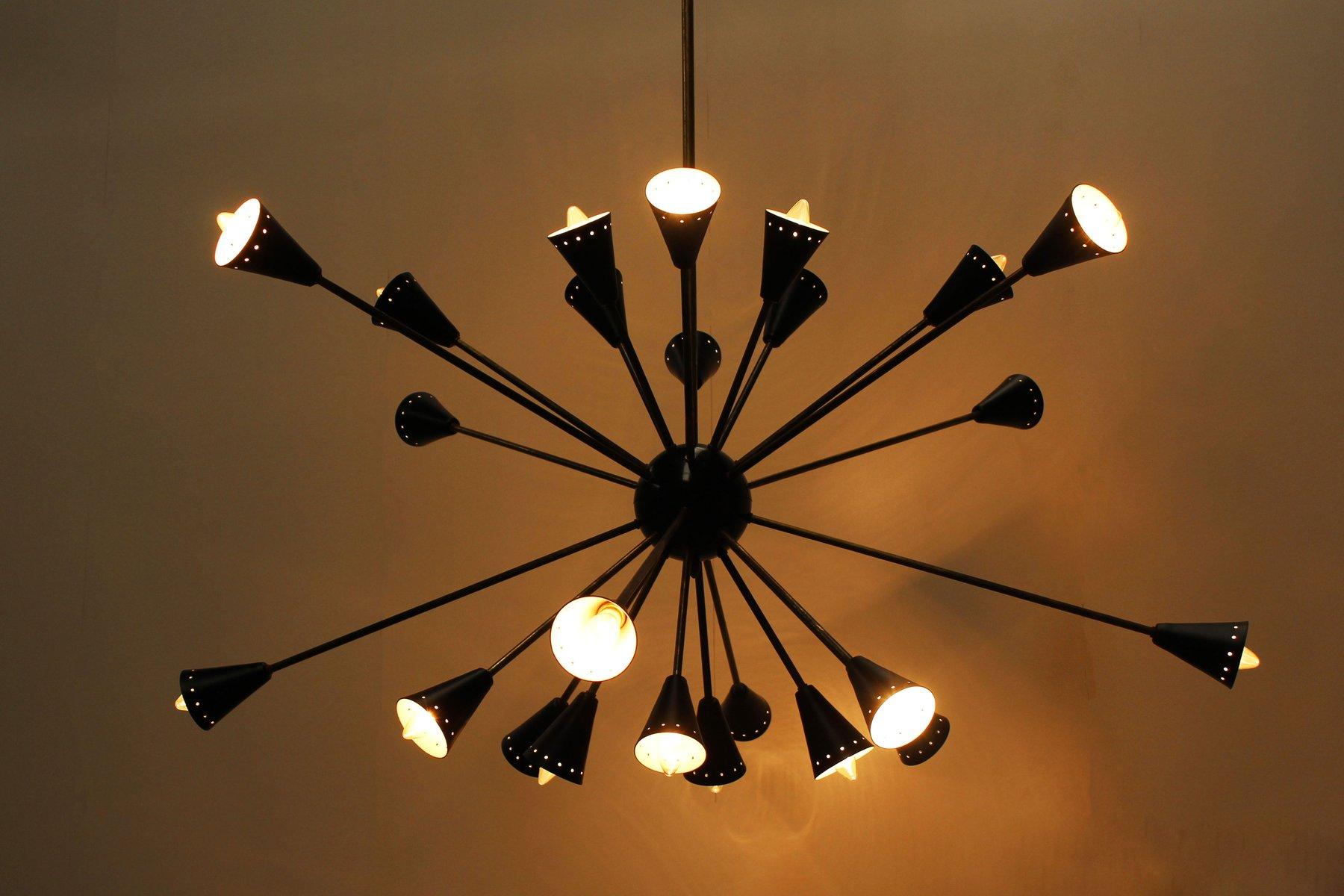 italienischer schwarzer mid century sputnik kronleuchter von stilnovo 1950er bei pamono kaufen. Black Bedroom Furniture Sets. Home Design Ideas