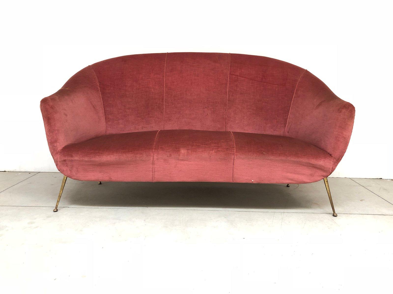 italienisches vintage sofa mit beinen aus messing 1950er bei pamono kaufen. Black Bedroom Furniture Sets. Home Design Ideas