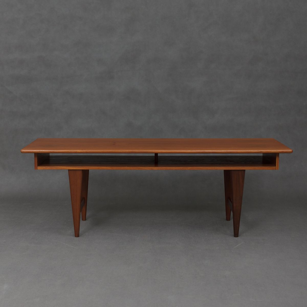 Mid Century Teak Coffee Table With Shelf For Sale At Pamono