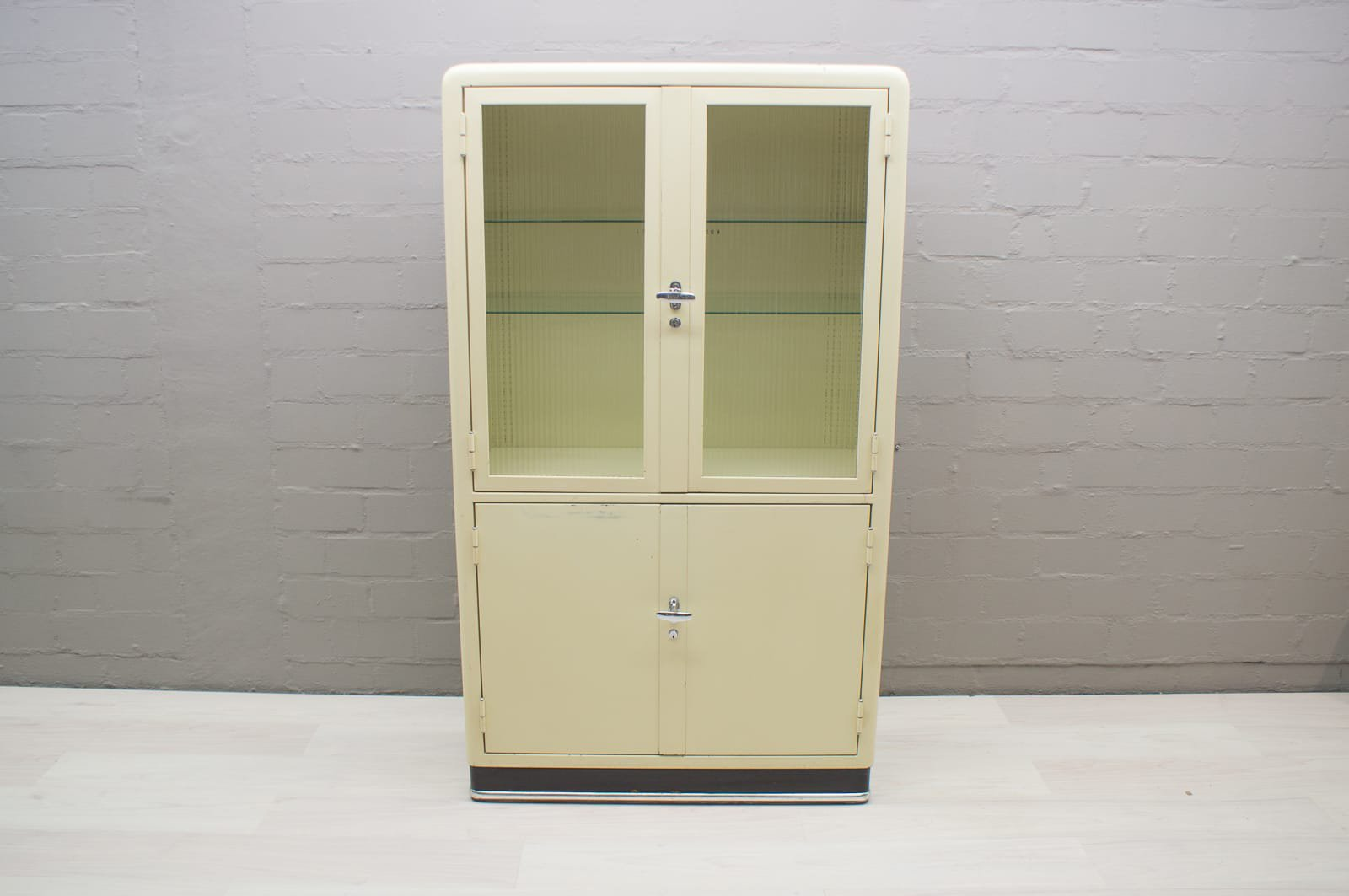 German Metal Medical Cabinet From Baisch, 1950s