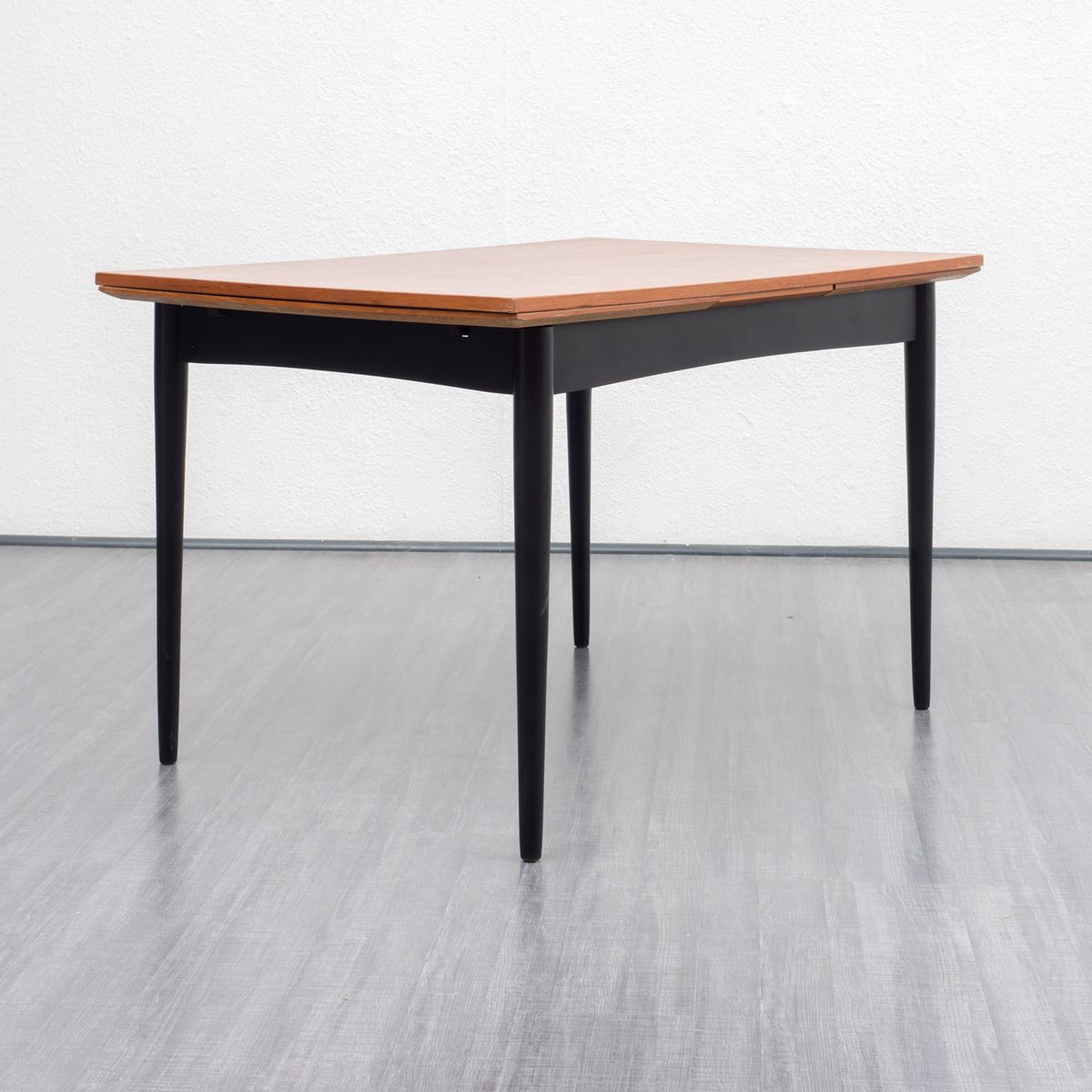 two tone extendable dining table 1950s for sale at pamono. Black Bedroom Furniture Sets. Home Design Ideas