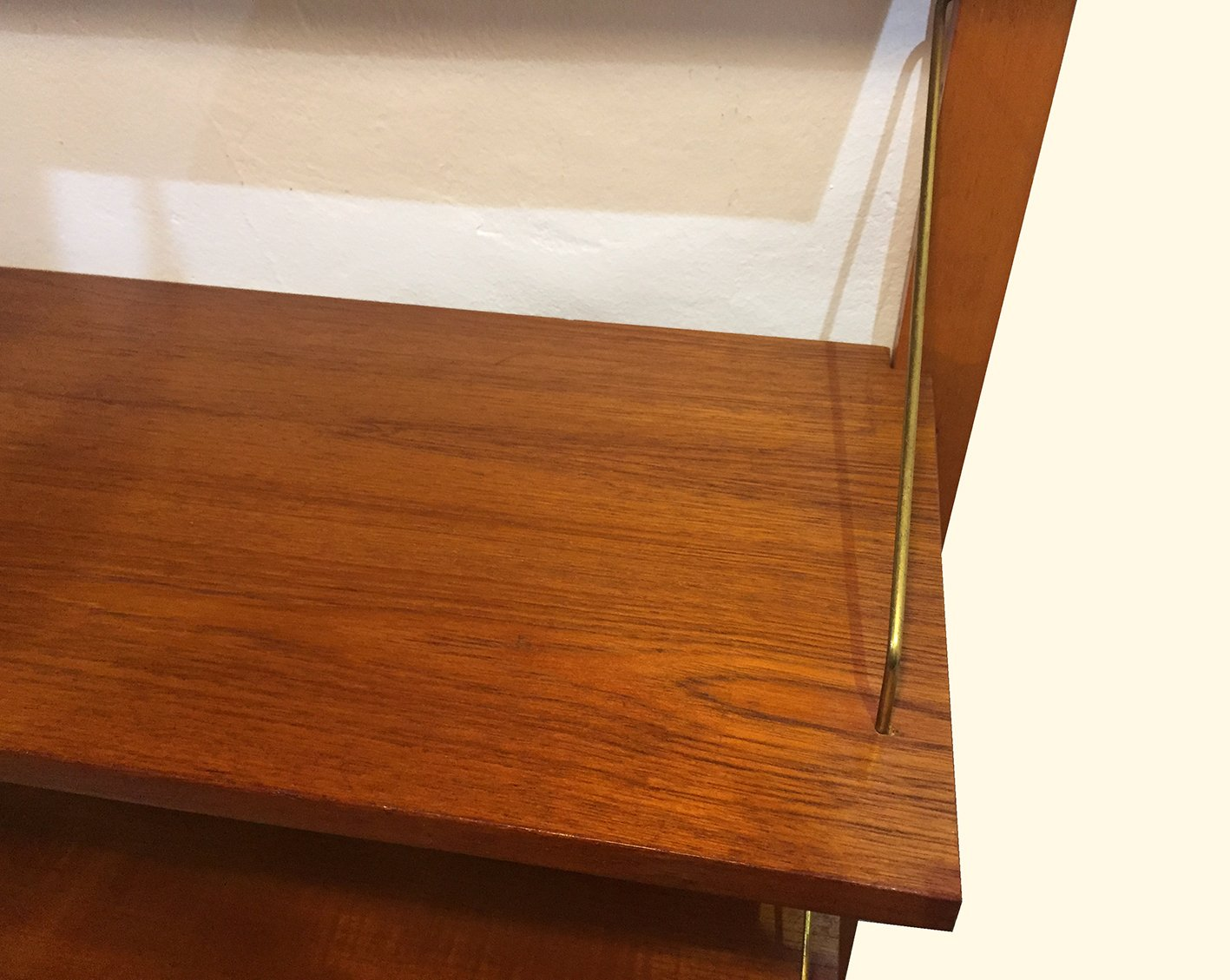 2 teiliges d nisches royal system wand regalsystem von poul cadovius f r cado 1960er bei pamono. Black Bedroom Furniture Sets. Home Design Ideas