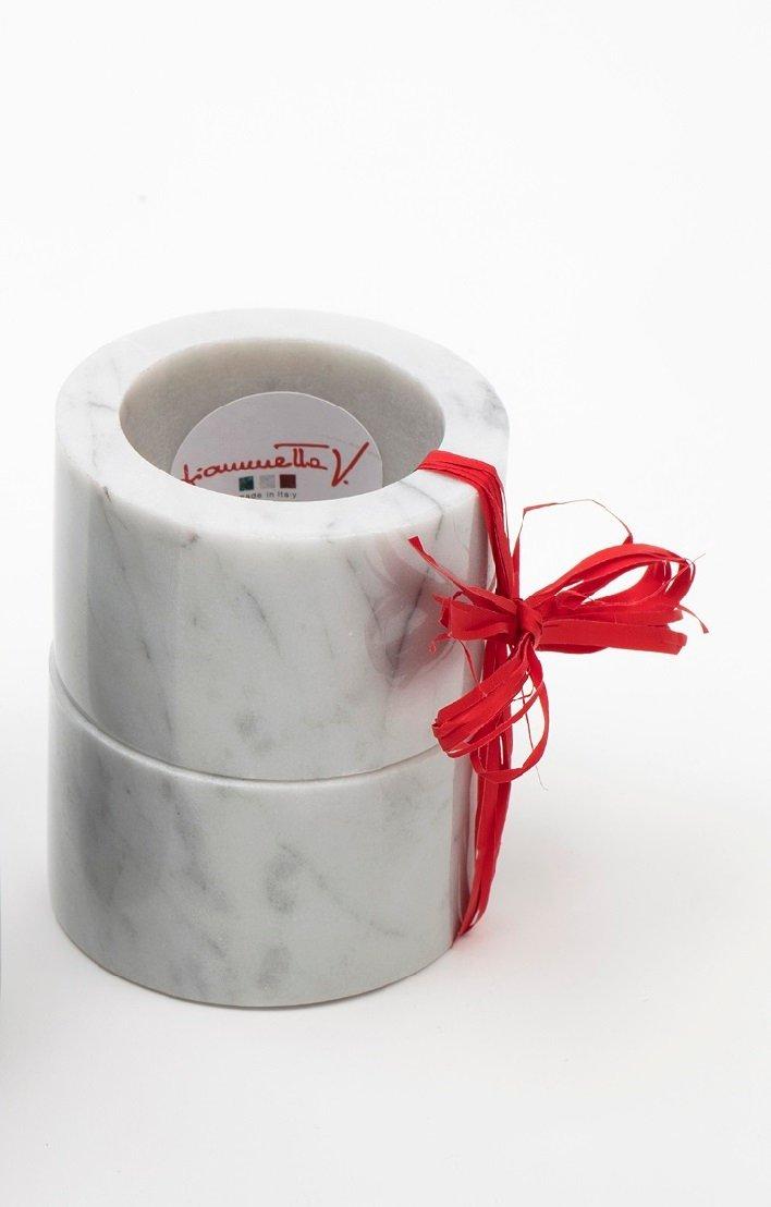 Ronds de serviettes en marbre de carrare blanc par for Marbre de carrare blanc