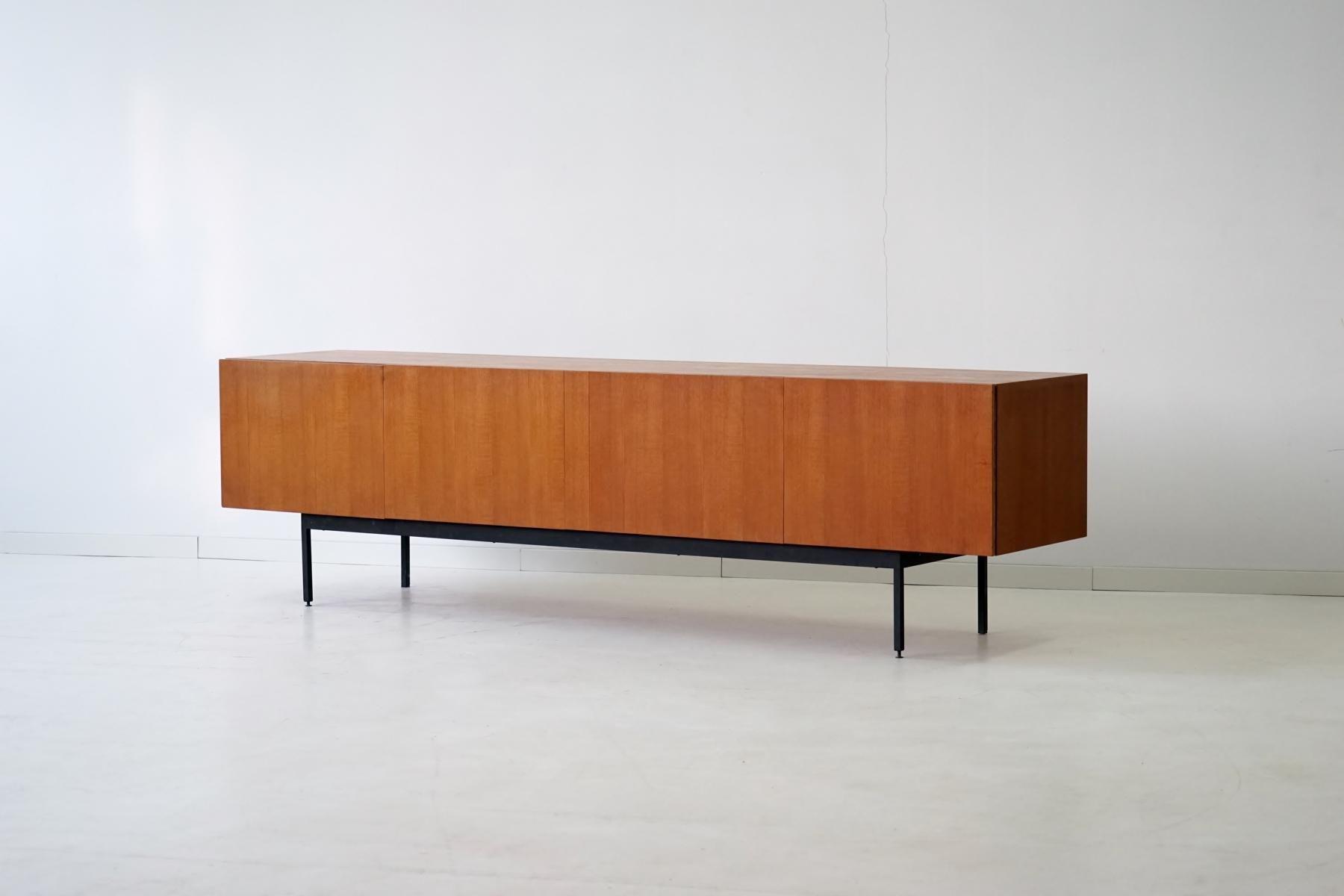 Mid century model b40 teak sideboard by dieter w ckerlin for Sideboard 40er