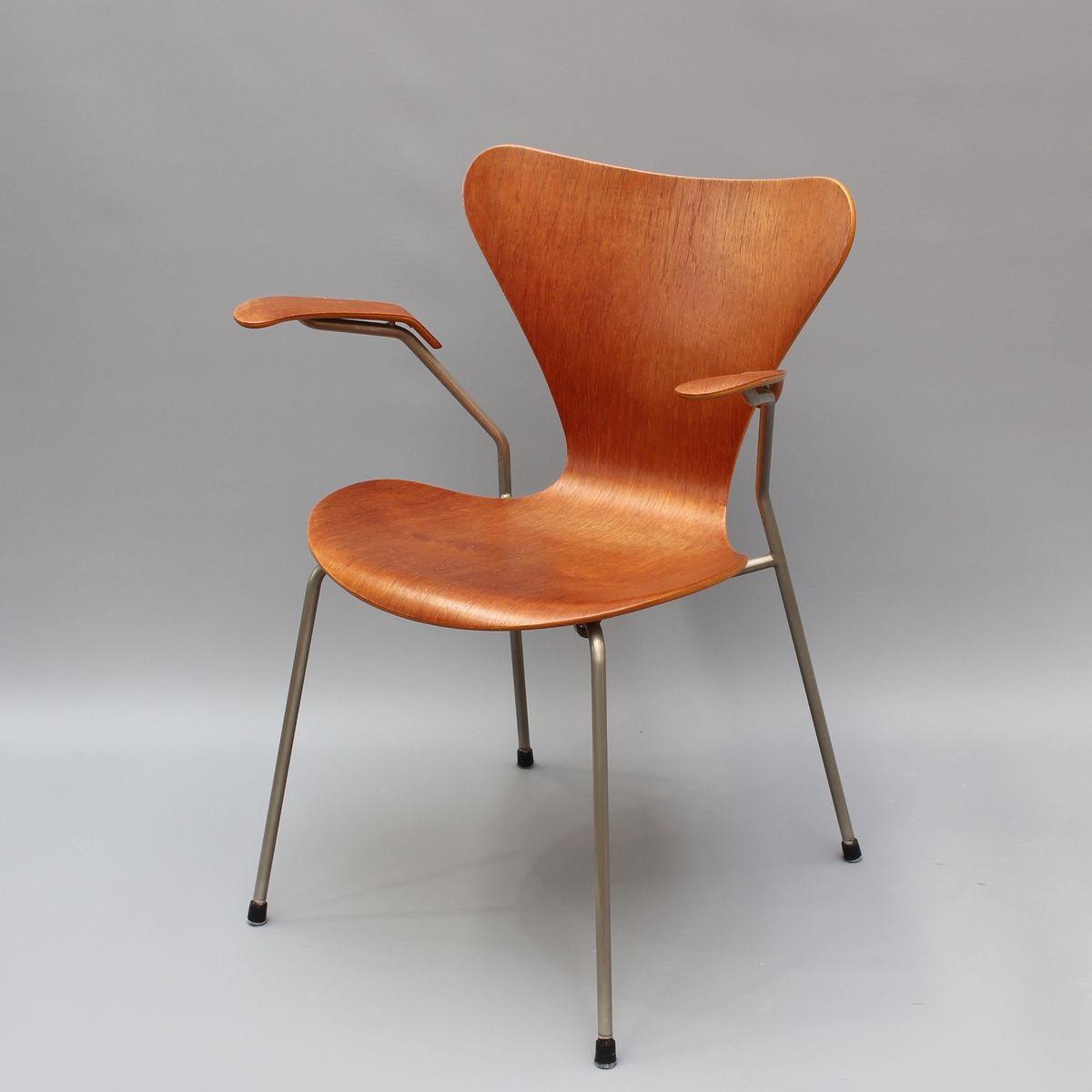 chaise s rie 7 en palissandre par arne jacobsen pour fritz hansen 1960s en vente sur pamono. Black Bedroom Furniture Sets. Home Design Ideas