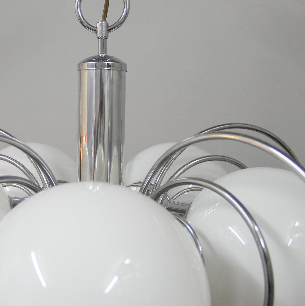 spanischer opalglas vintage kronleuchter bei pamono kaufen. Black Bedroom Furniture Sets. Home Design Ideas